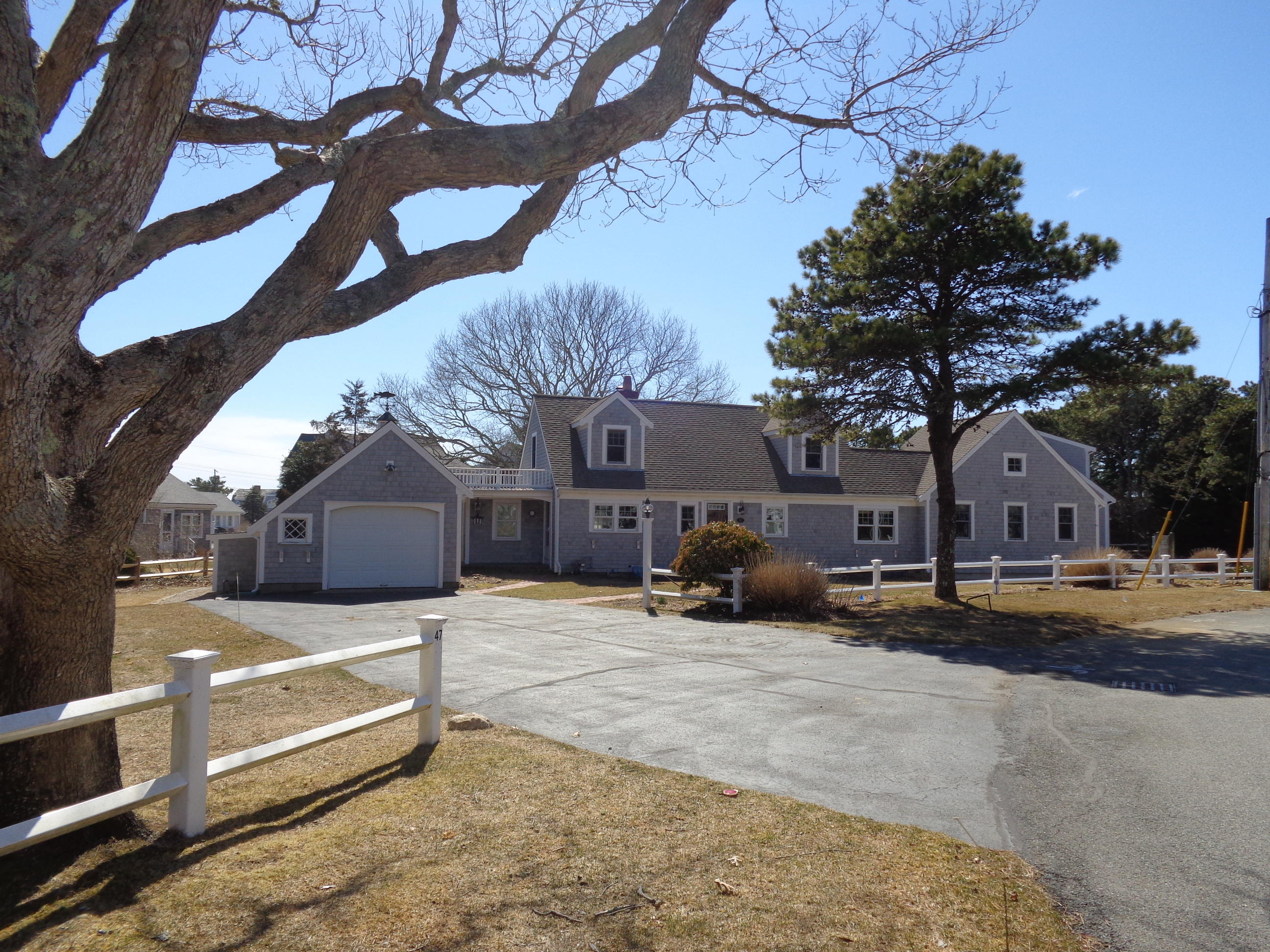 Dennis Real Estate