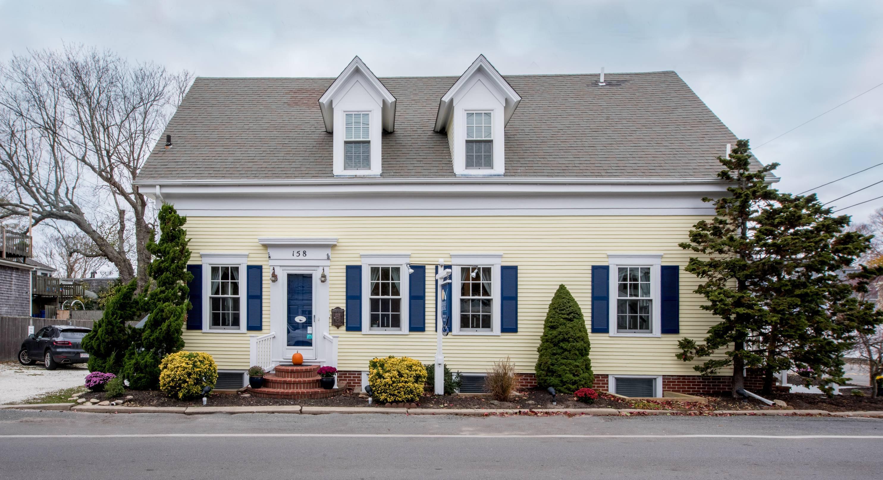 158 Bradford Street, Provincetown MA, 02657 details