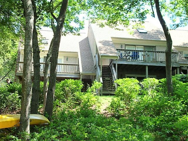 817-old-strawberry-hill-road-hyannis