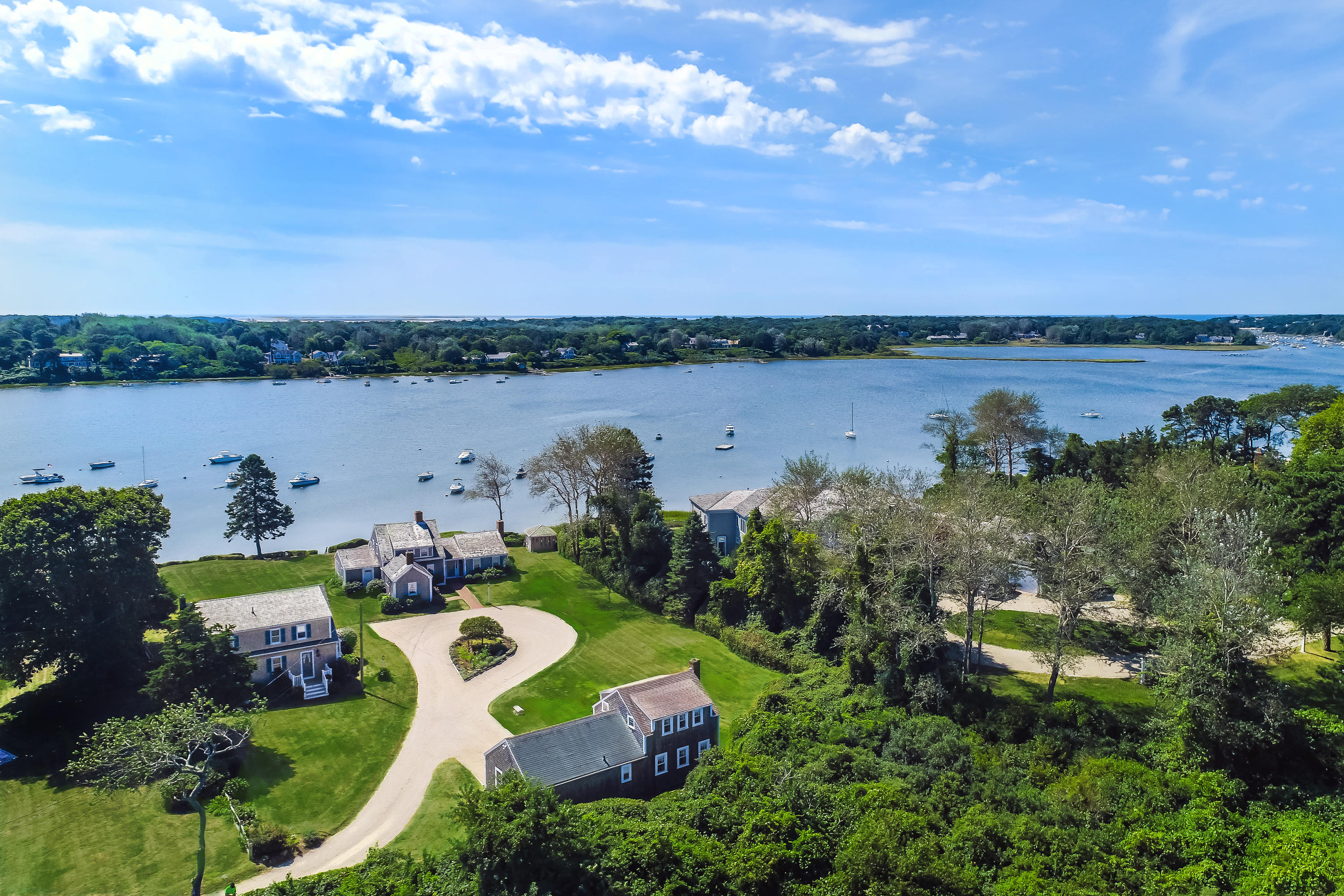click to view more details 98,100,100 A Oyster Pond Furlong , Chatham, MA 02633