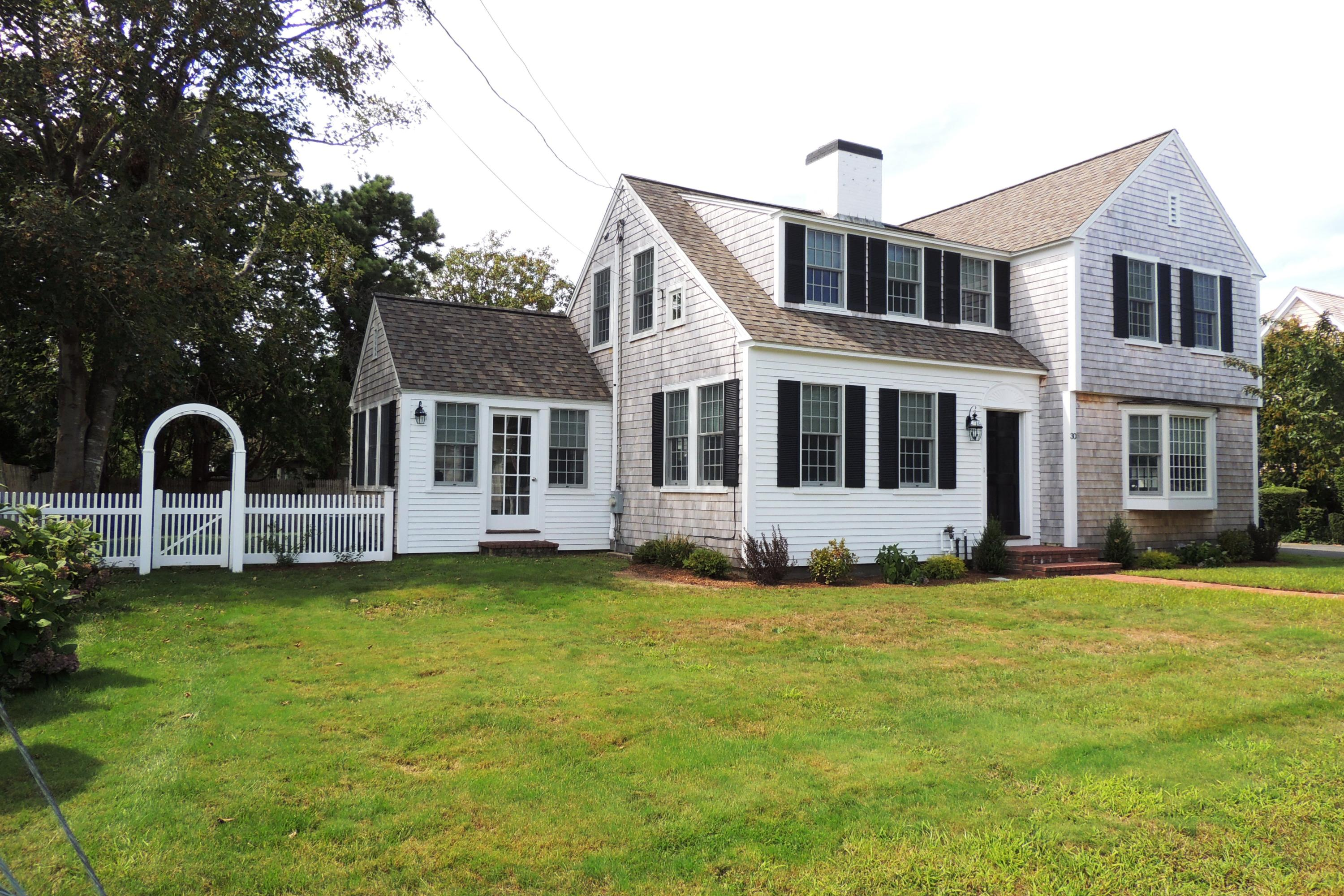 30 Sequatton Lane, Harwich Port MA, 02646