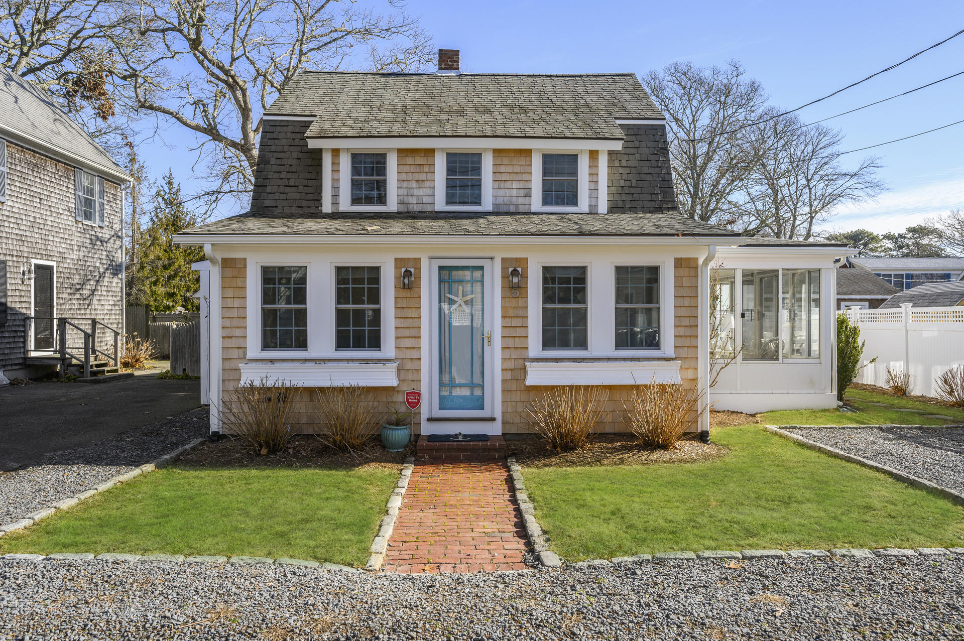 5 Essex Place, Harwich Port MA, 02646