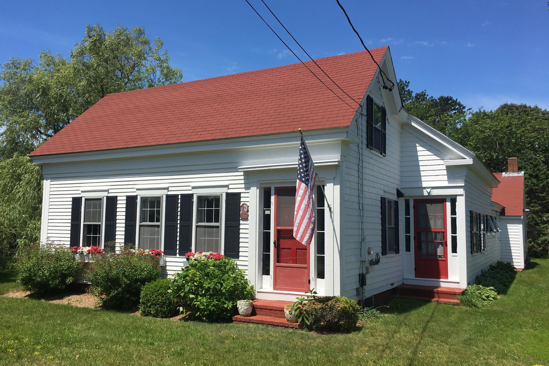 144 Pleasant Street, South Chatham MA, 02659