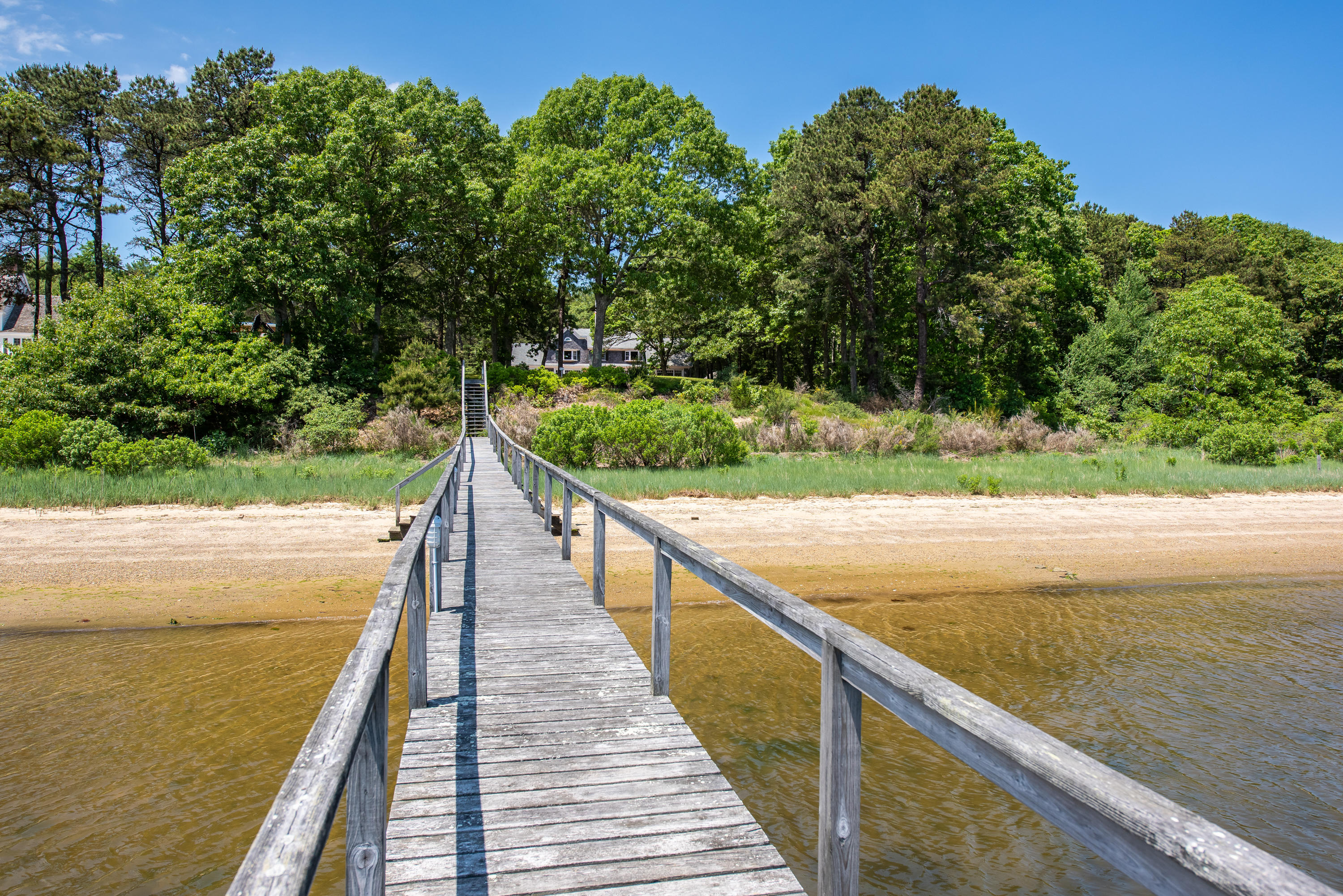 1075--old-post-road-cotuit-ma