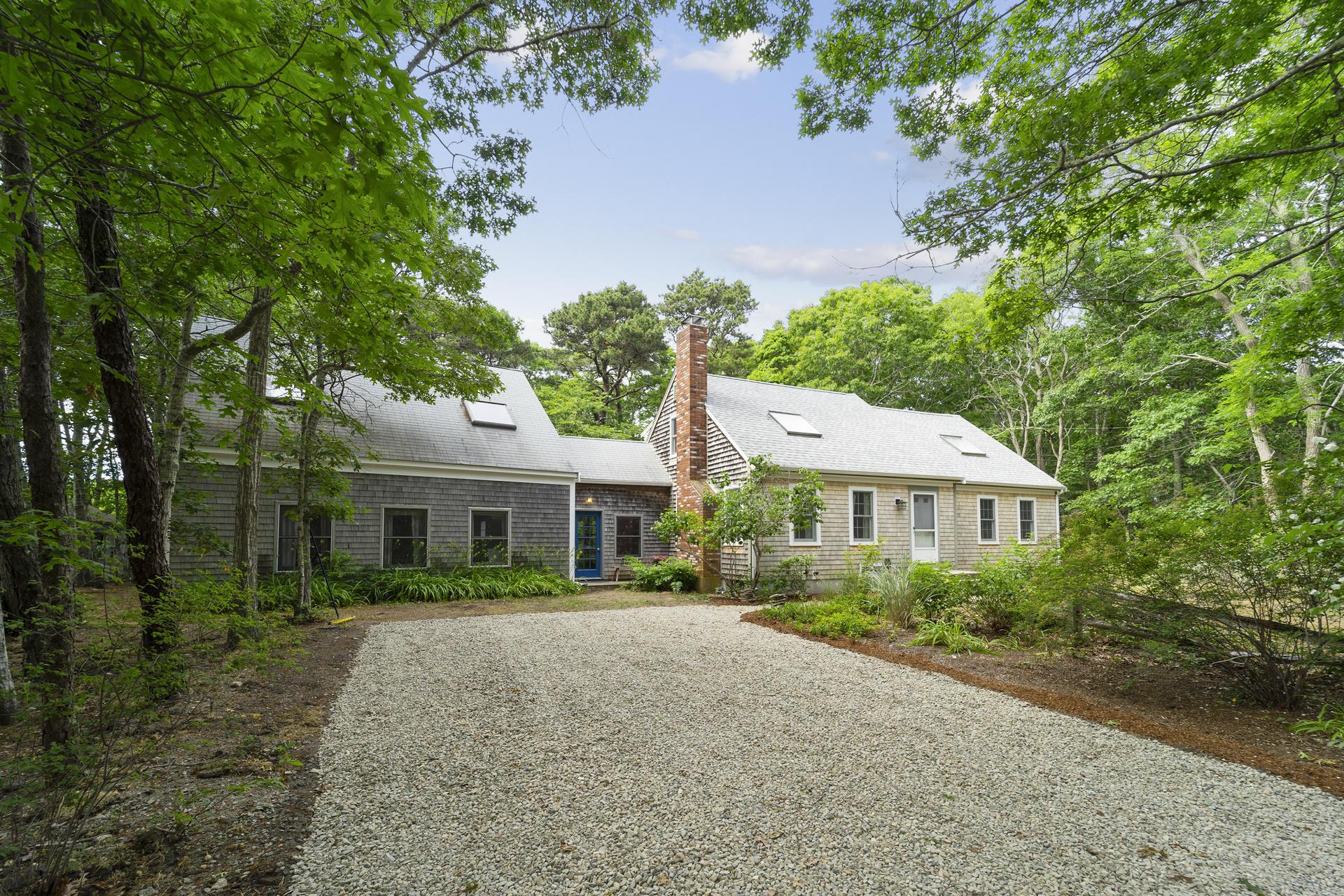 135 Oak Leaf Road, Eastham MA, 02642
