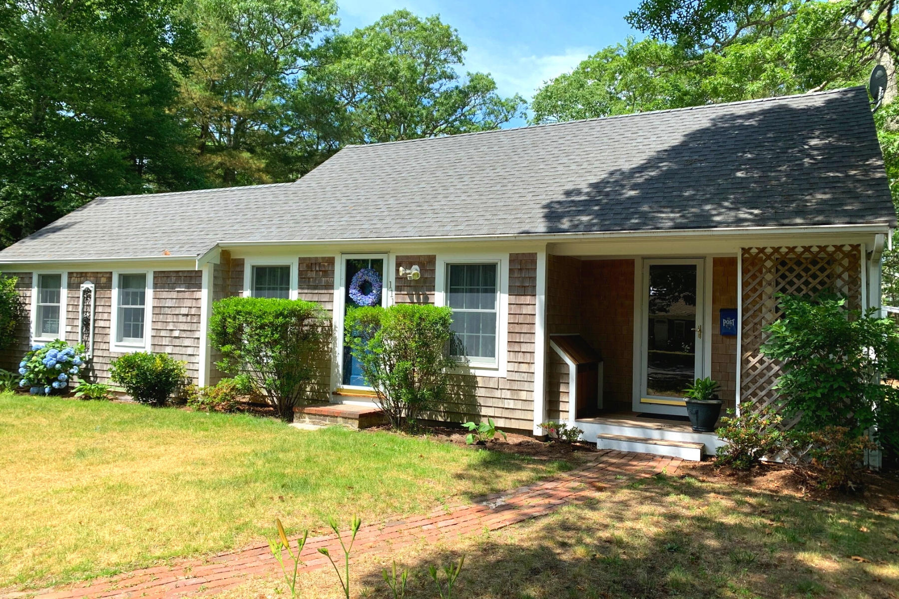 111 Main Street, South Yarmouth MA, 02664 details