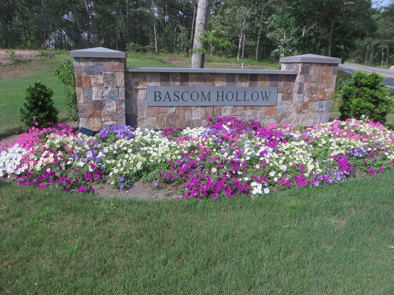 15 Bascom Hollow East Harwich MA, 02645 details
