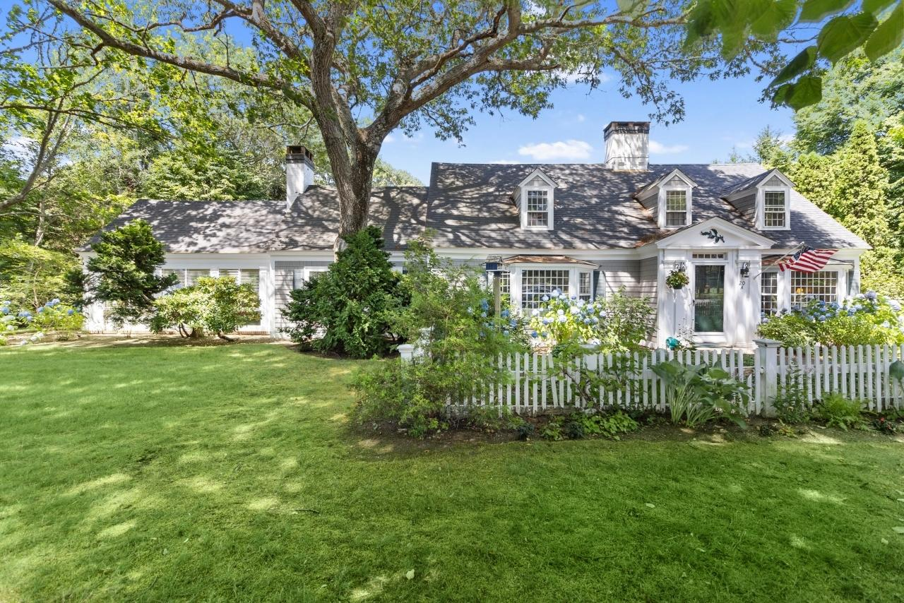 20-grand-island-drive-osterville