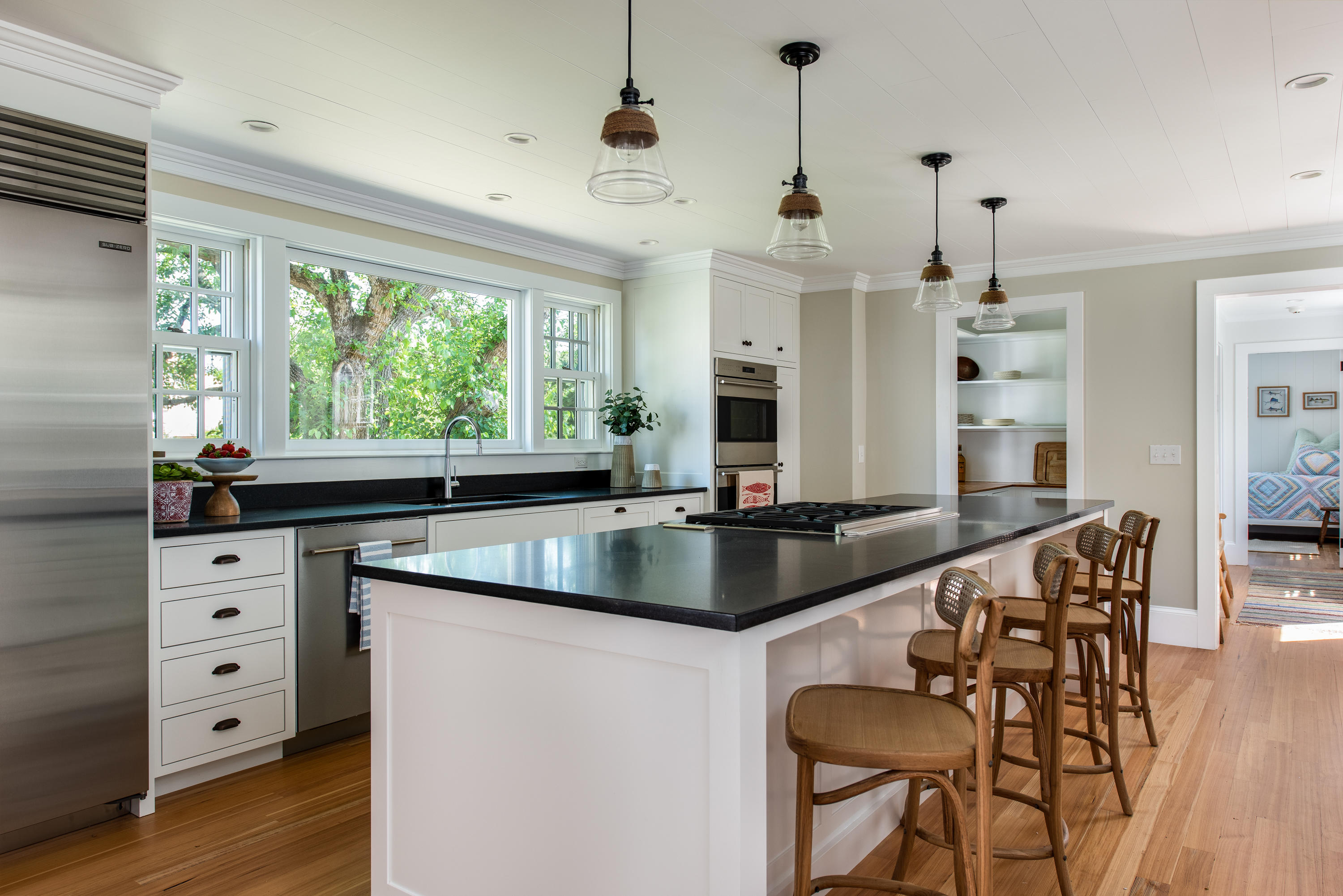 5 Smiths Point Road, West Yarmouth, MA photo 7