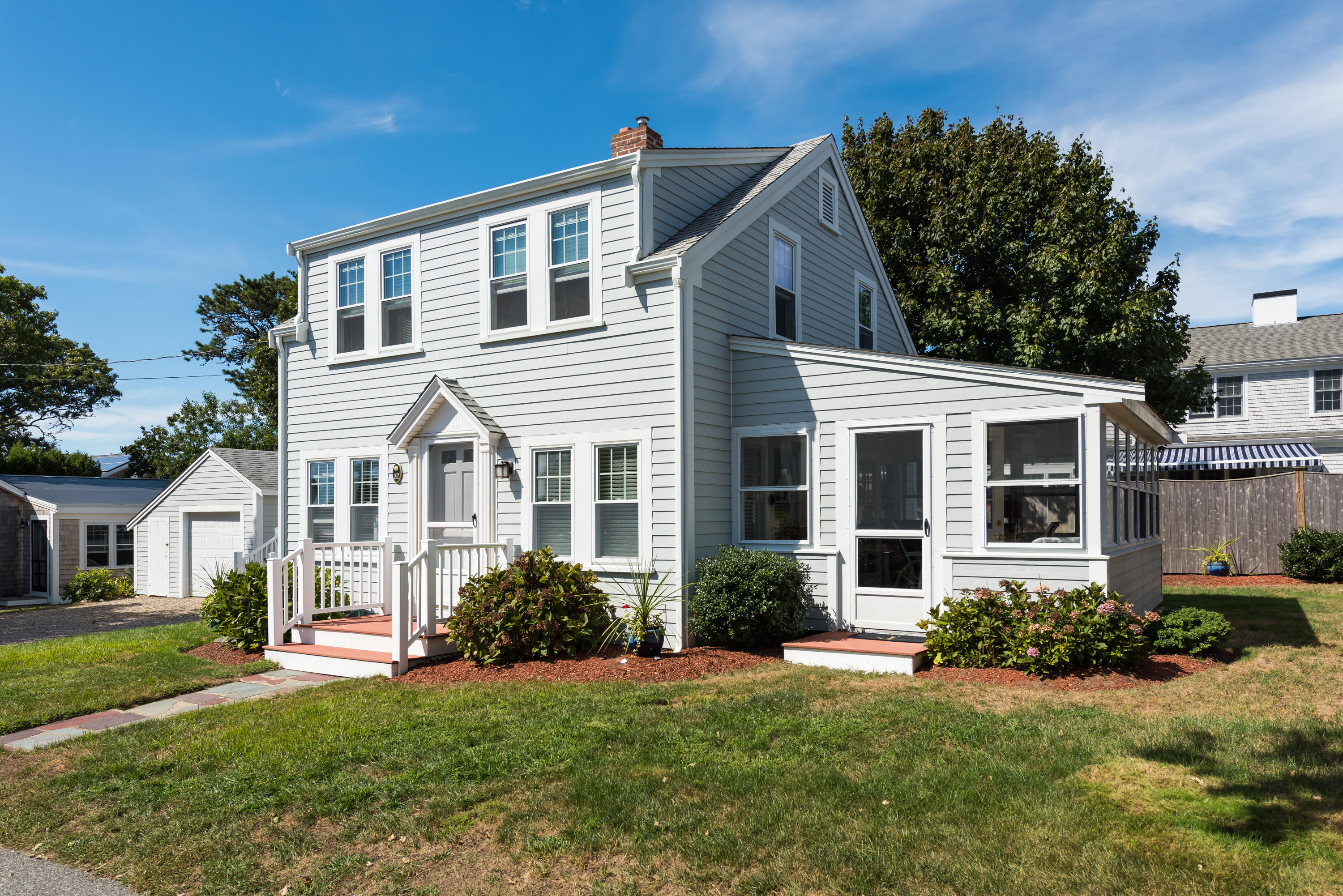 32 Harbor View Road, Harwich Port MA, 02646 details