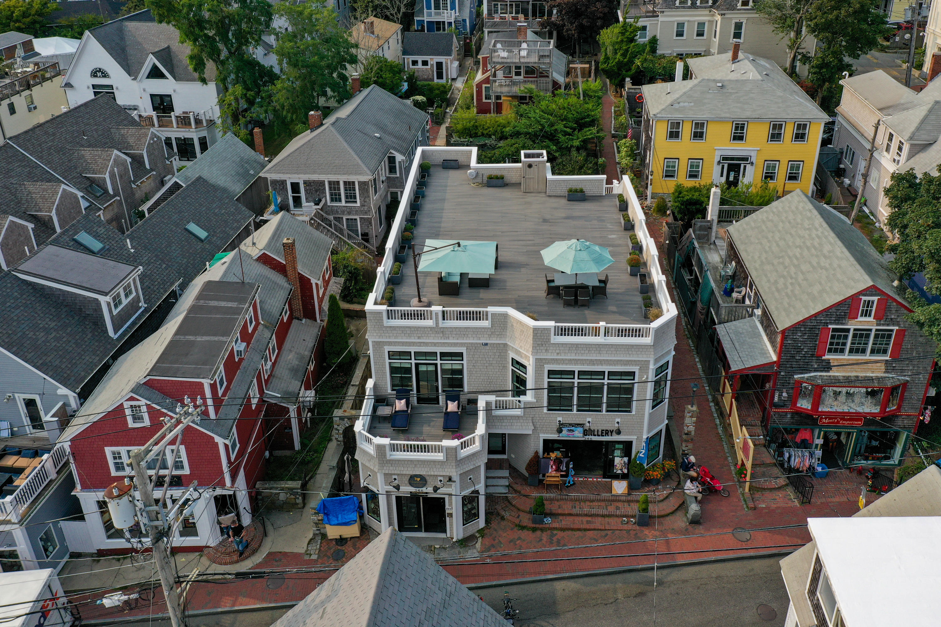 346 Commercial Street, Provincetown MA, 02657 details