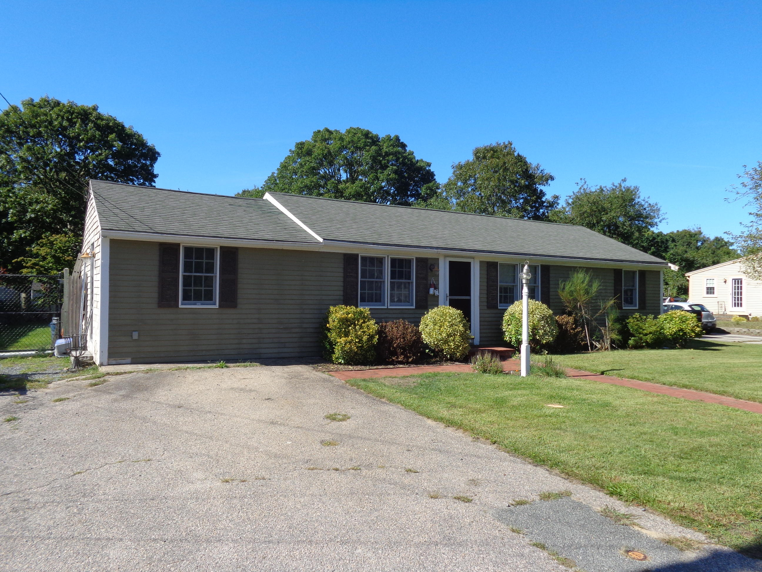 15 Autumn Drive, South Yarmouth MA, 02664 details