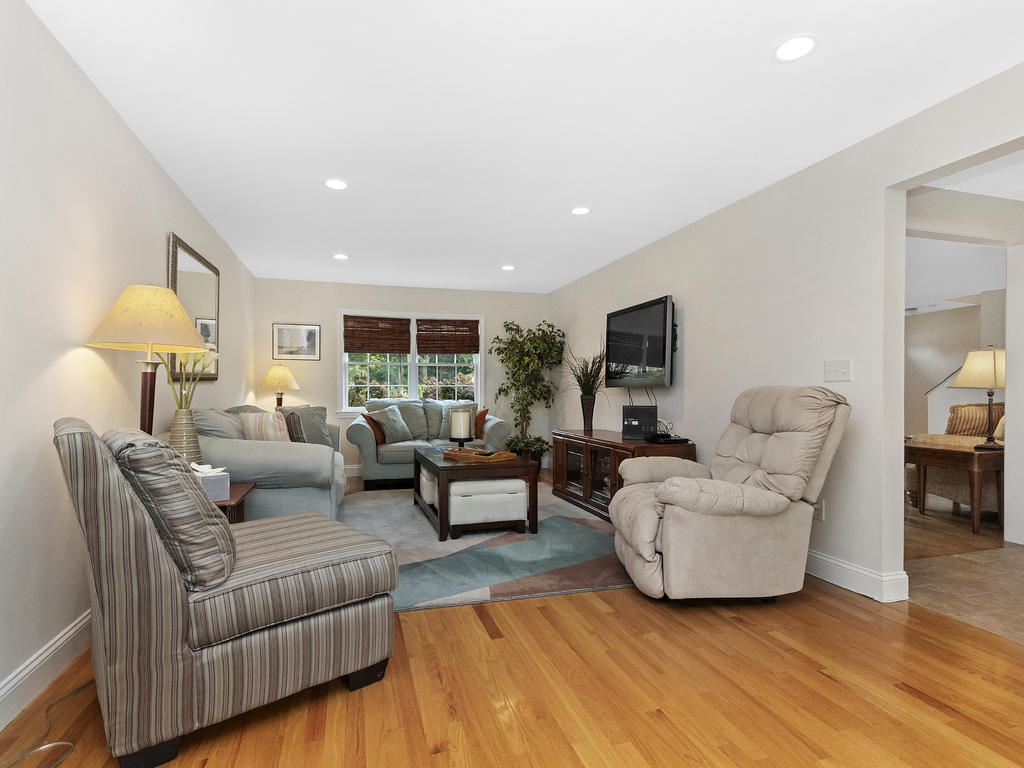 7 Merrymount Road, West Yarmouth, MA photo 14