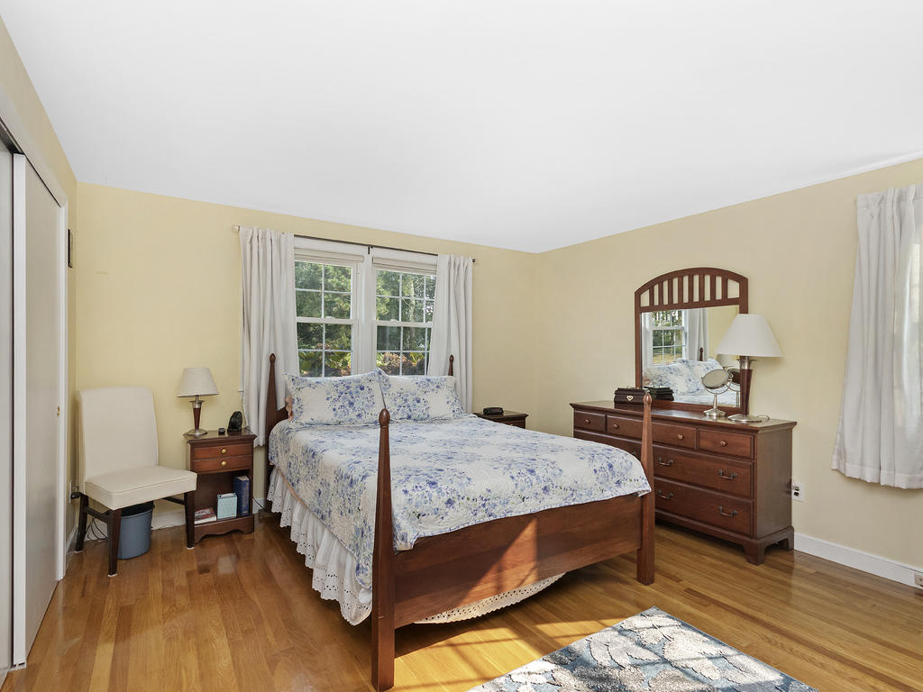 7 Merrymount Road, West Yarmouth, MA photo 15