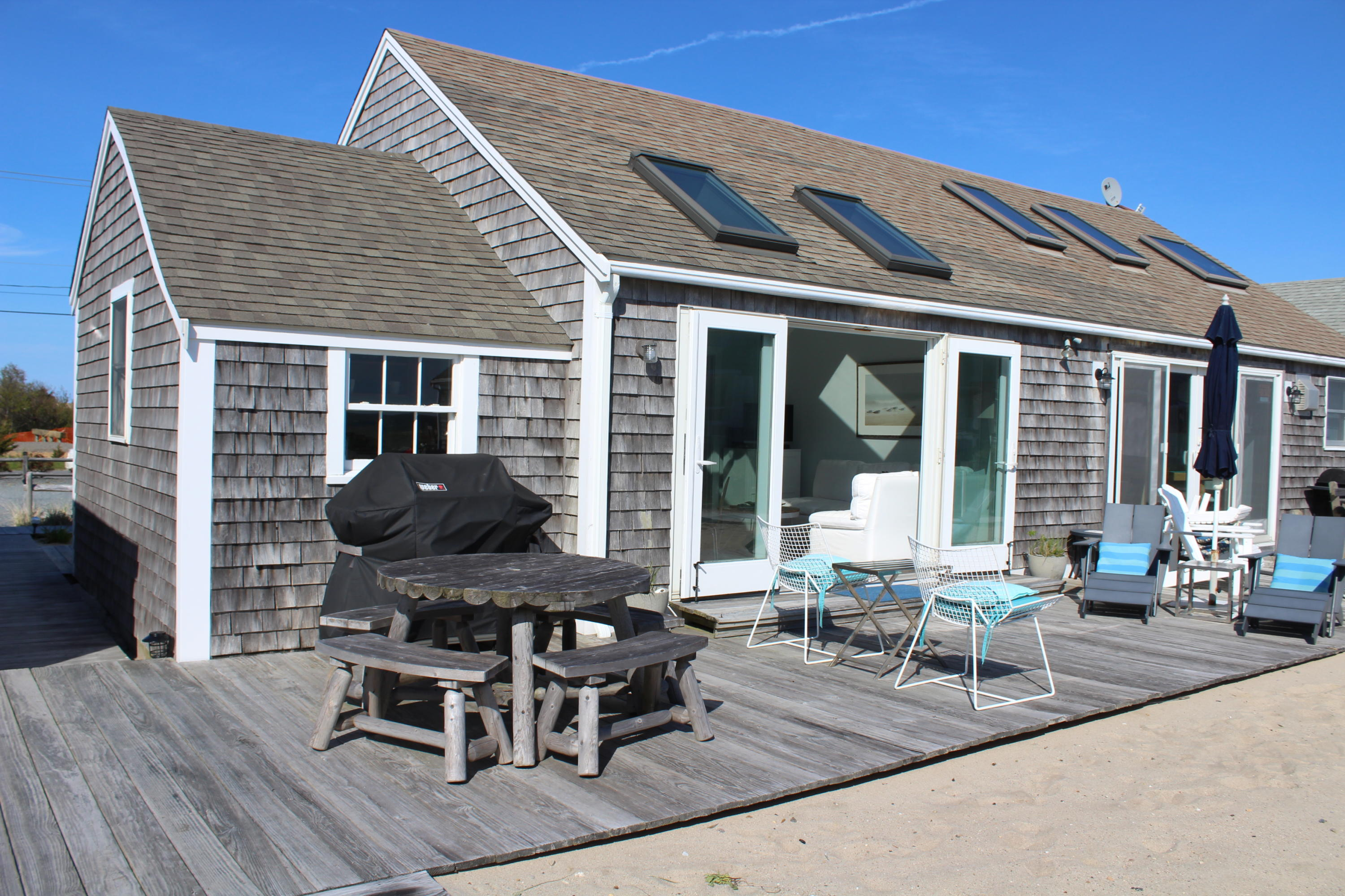 596 Shore Road, North Truro MA, 02652 details