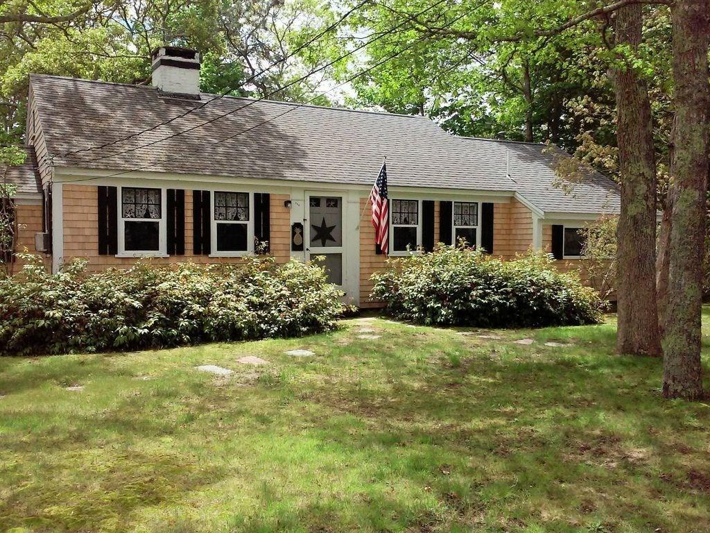 268 Wood Road, South Yarmouth MA, 02664 details