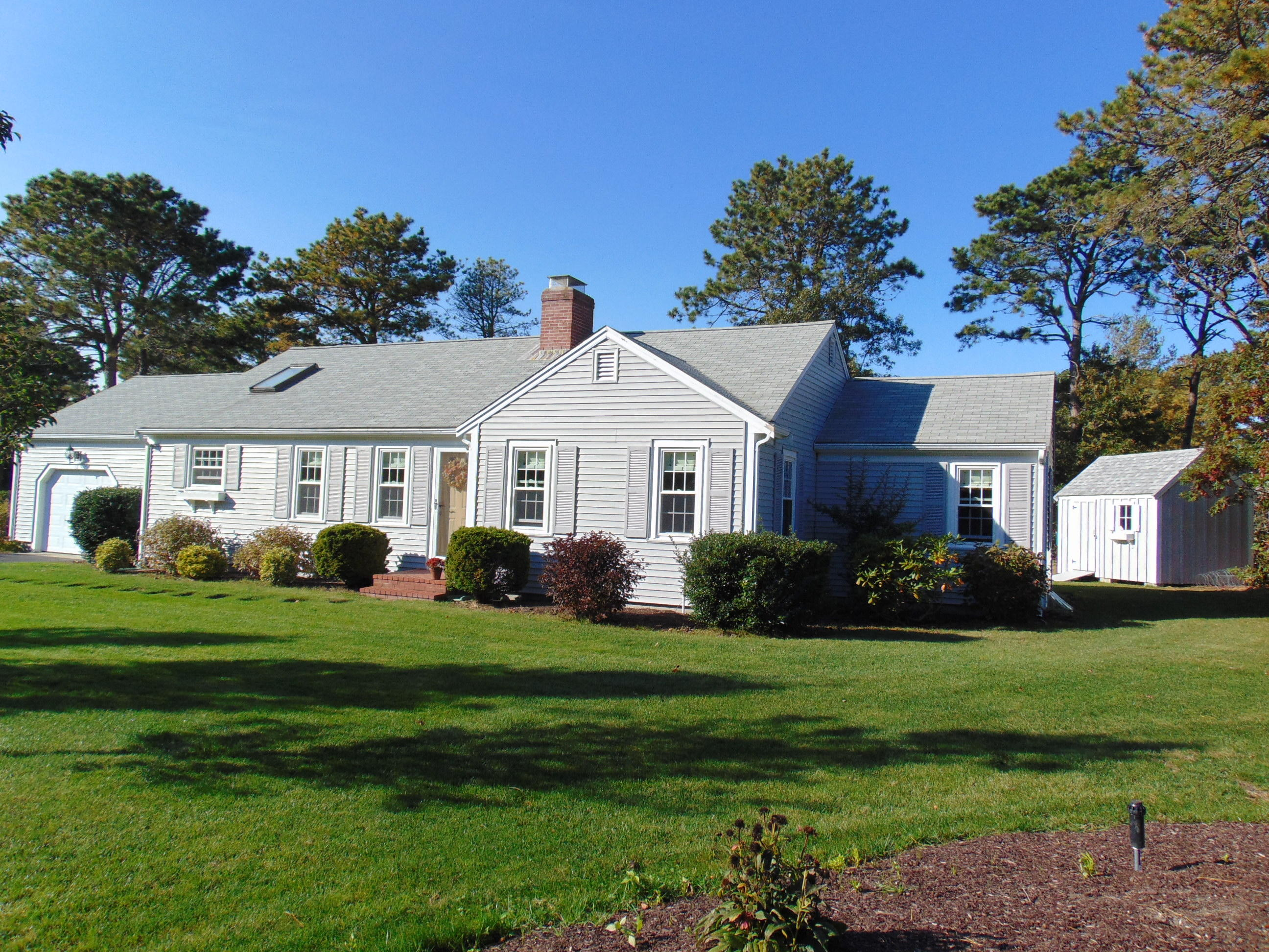 12 Pollock Rip Road, South Yarmouth MA, 02664 details