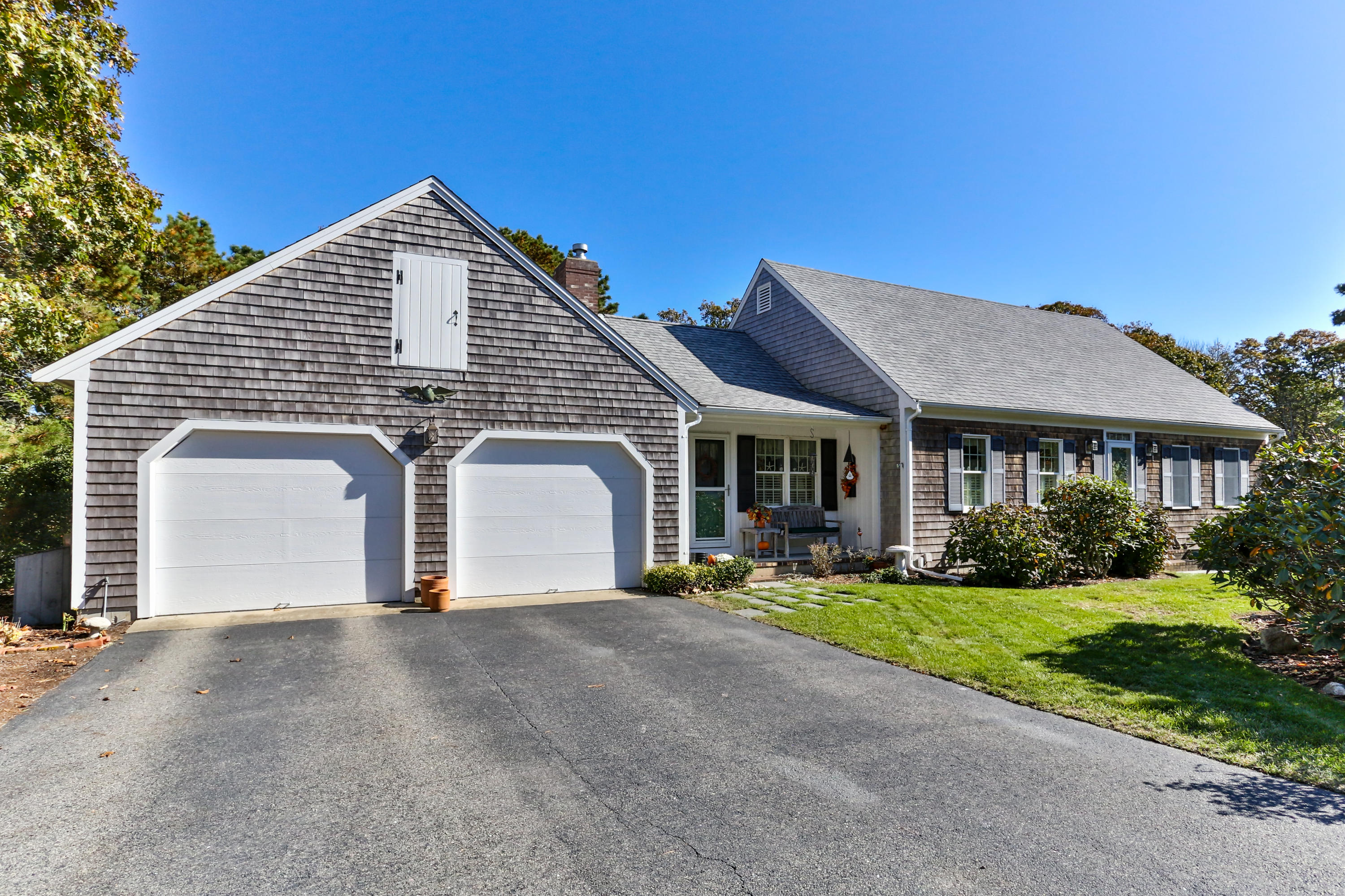 32 East Road, South Chatham MA, 02659 details