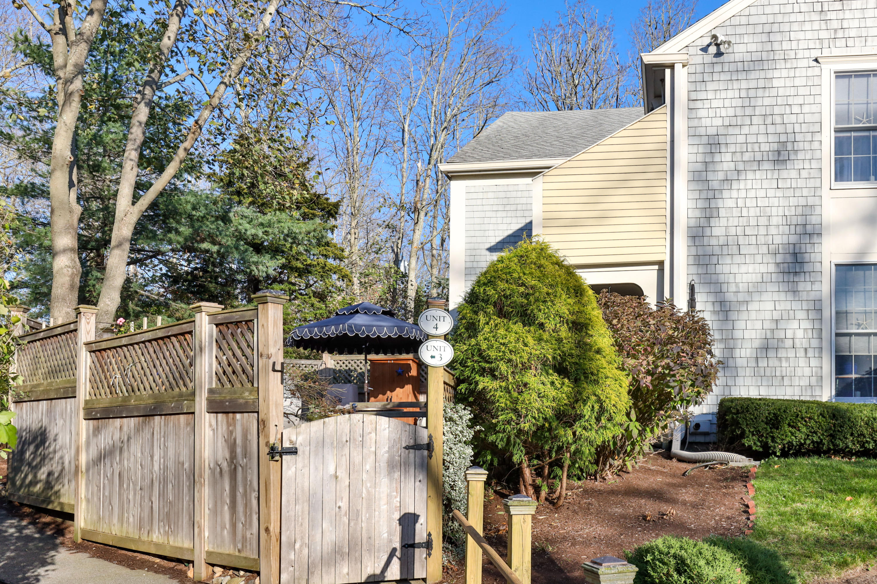 22 Center Place, Orleans MA, 02653