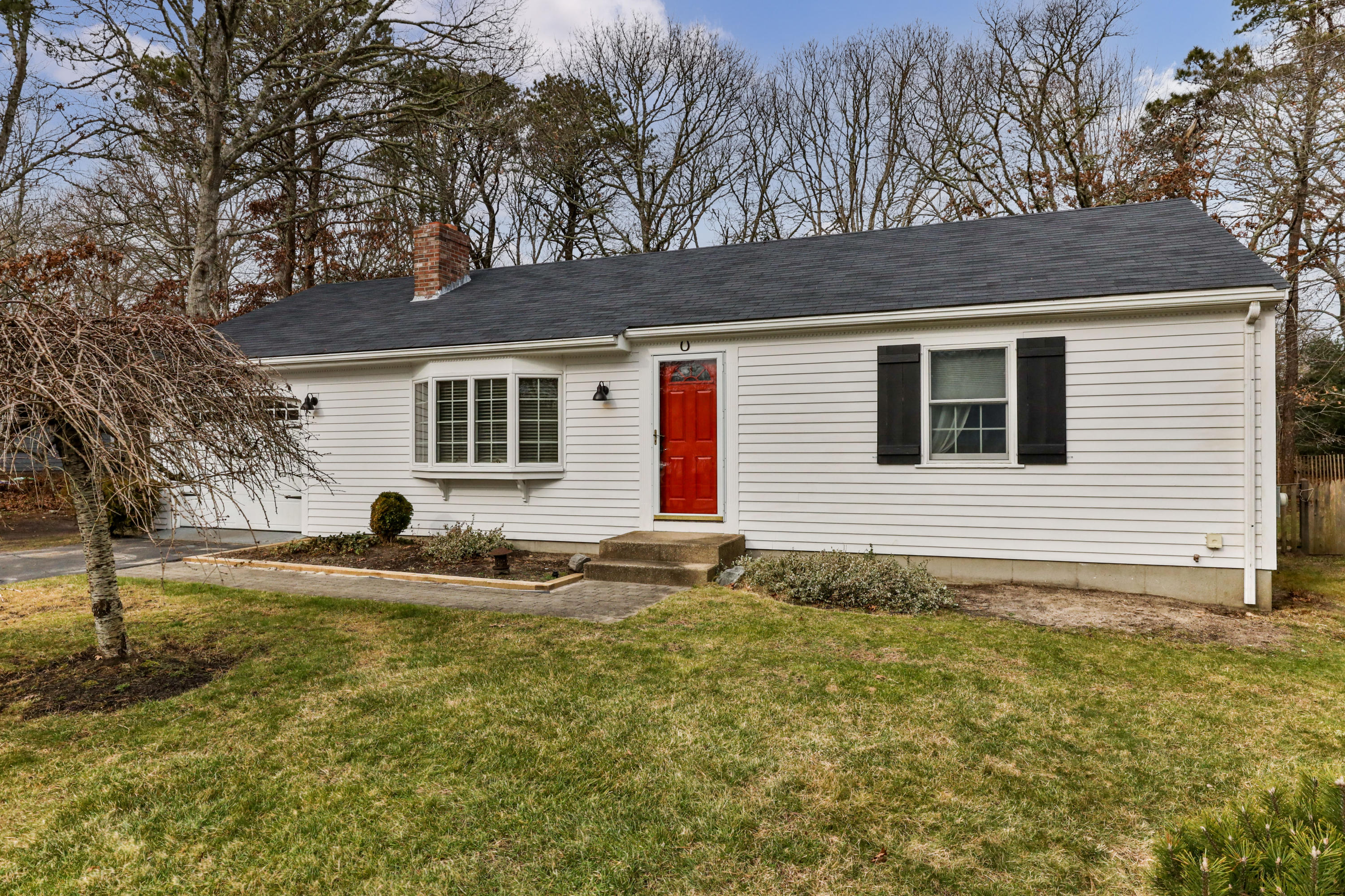 66 Swift Brook Road, South Yarmouth MA, 02664 details