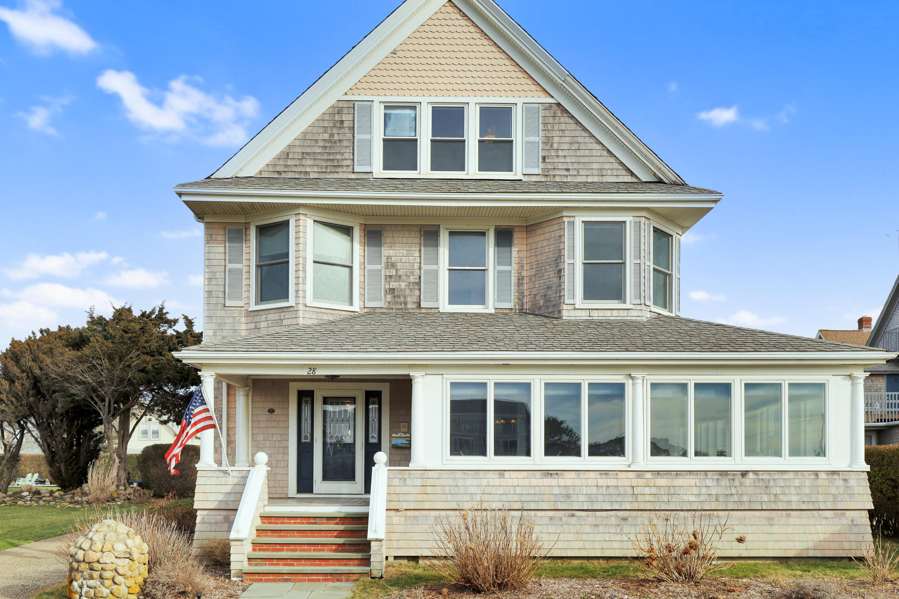 28 Worcester Avenue, Falmouth MA, 02540 details