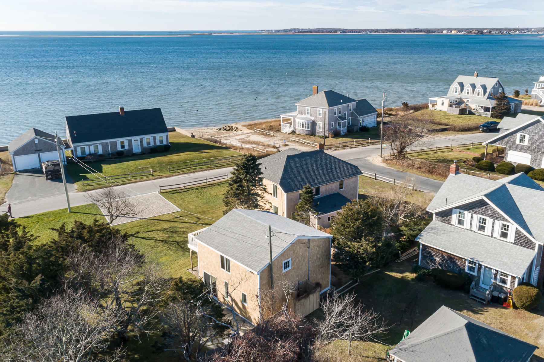 32 Shore Road, West Yarmouth MA, 02673 details