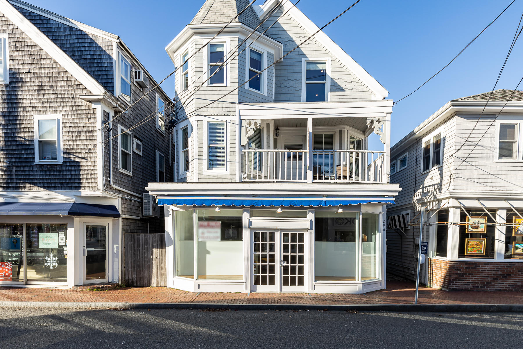 296 Commercial Street, Provincetown MA, 02657 details