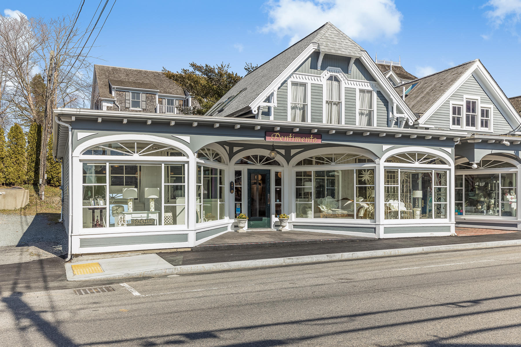 click to view more details 584 Main Street, Chatham, MA 02633