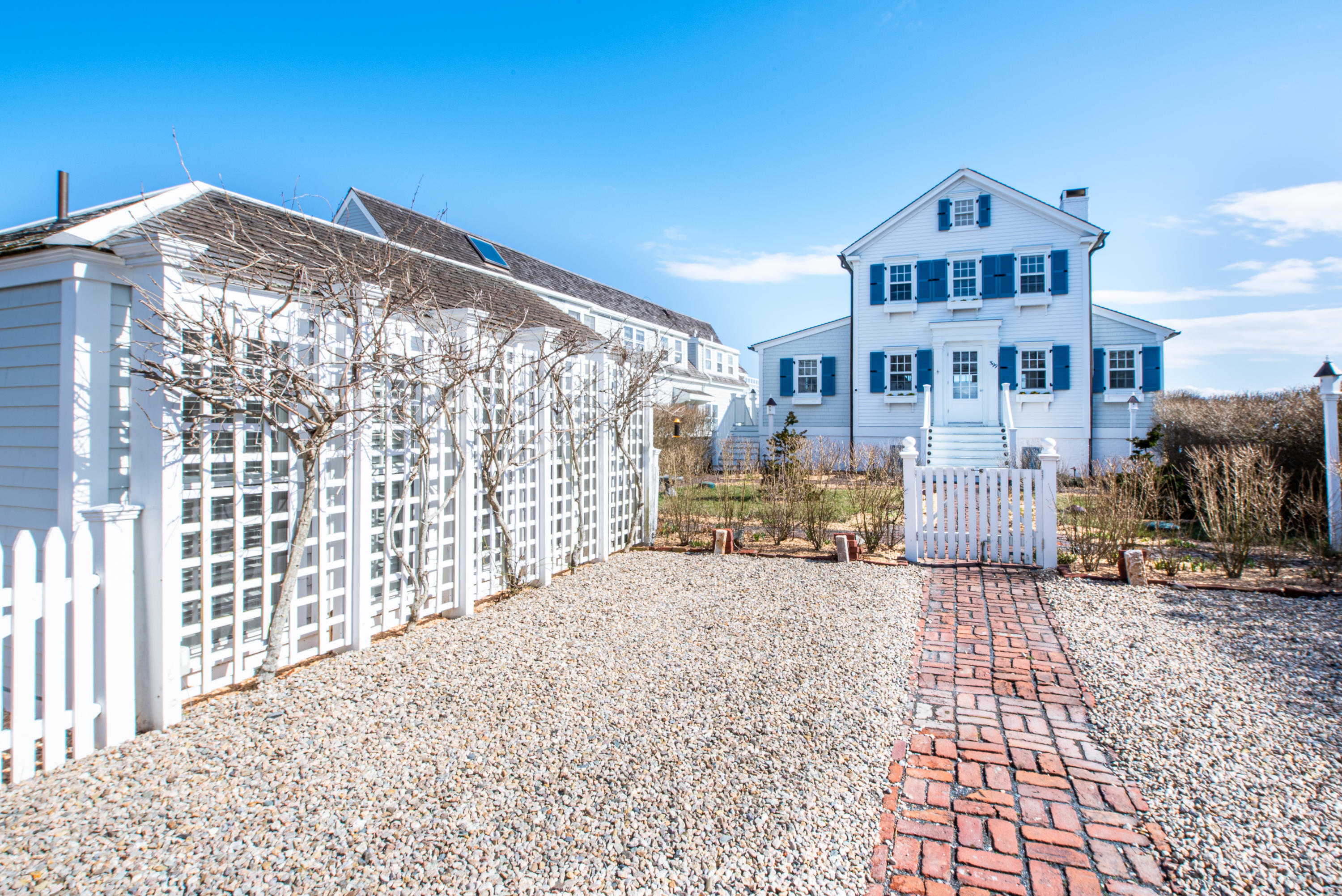 599 Commercial Street, Provincetown MA, 02657 details
