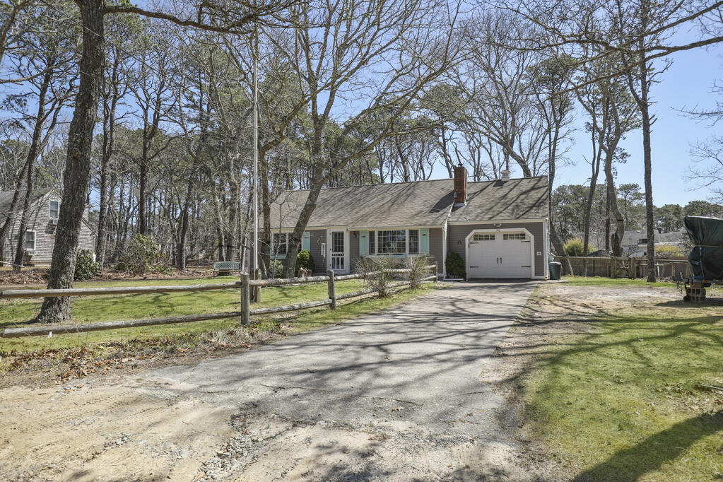 50 Avery Avenue, Wellfleet MA, 02667 details