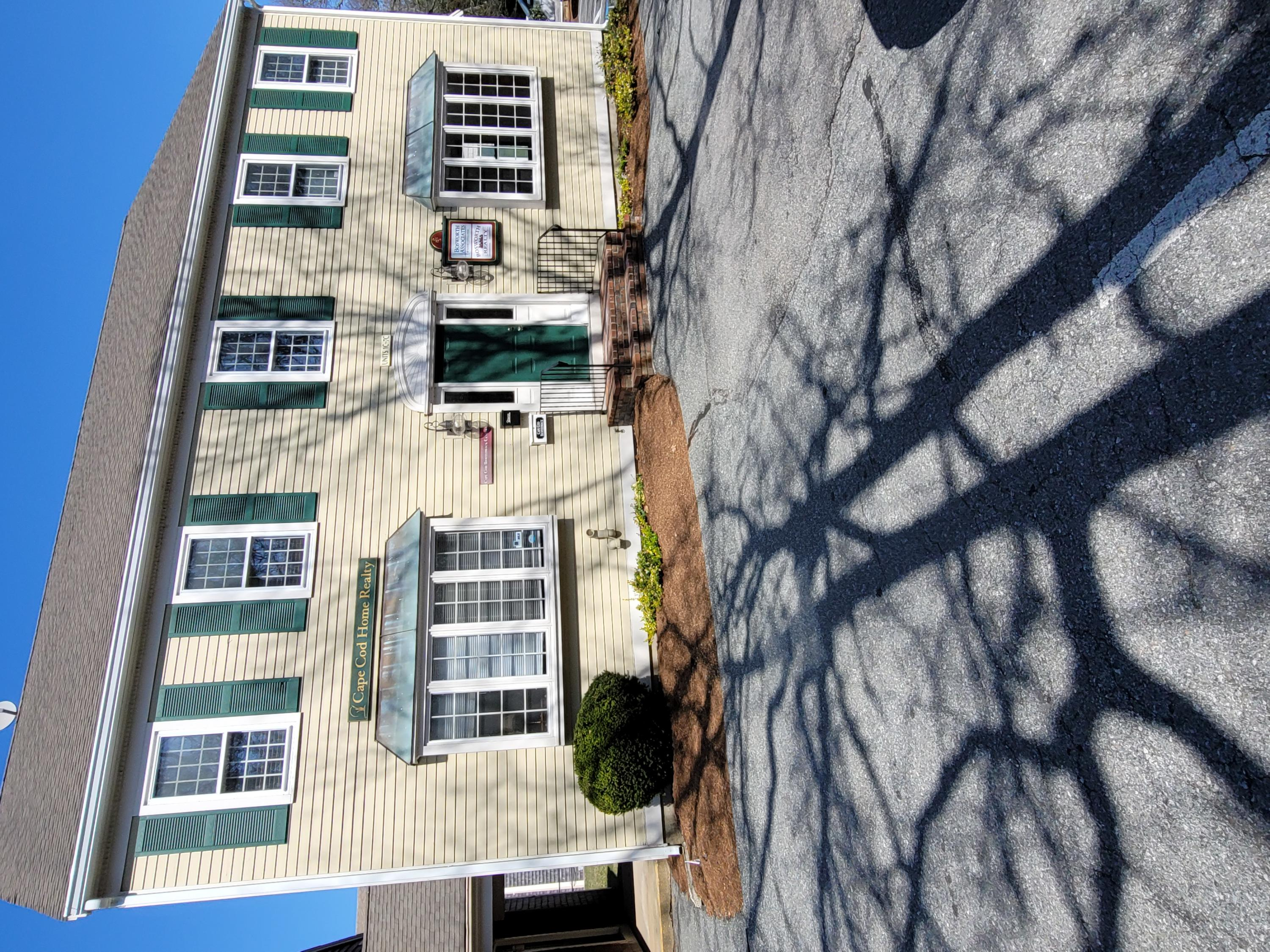 1645-falmouth-road-centerville