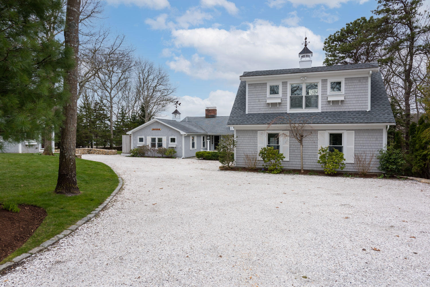 162 Clamshell Cove Road, Cotuit MA, 02635 details