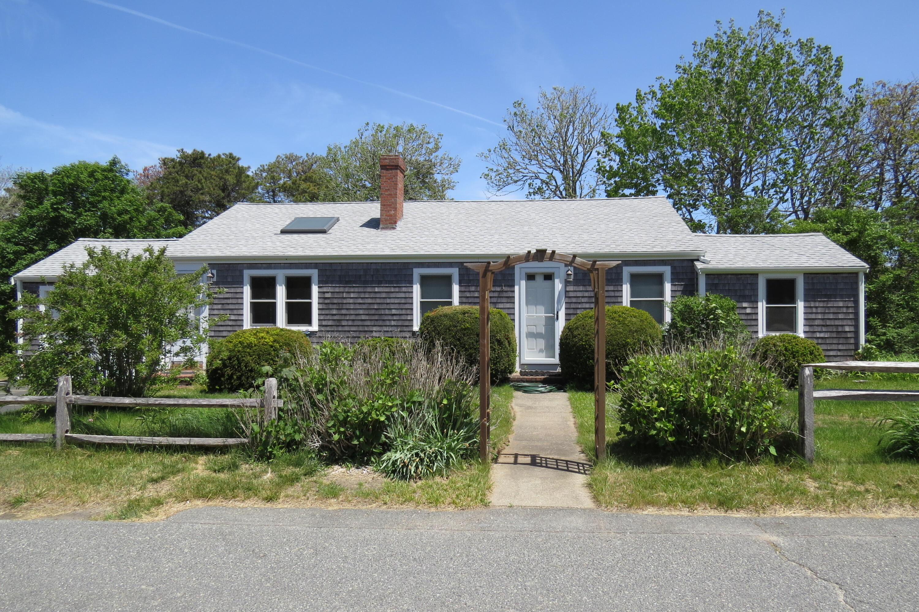 101 Old Mail Road, North Chatham MA, 02650 details