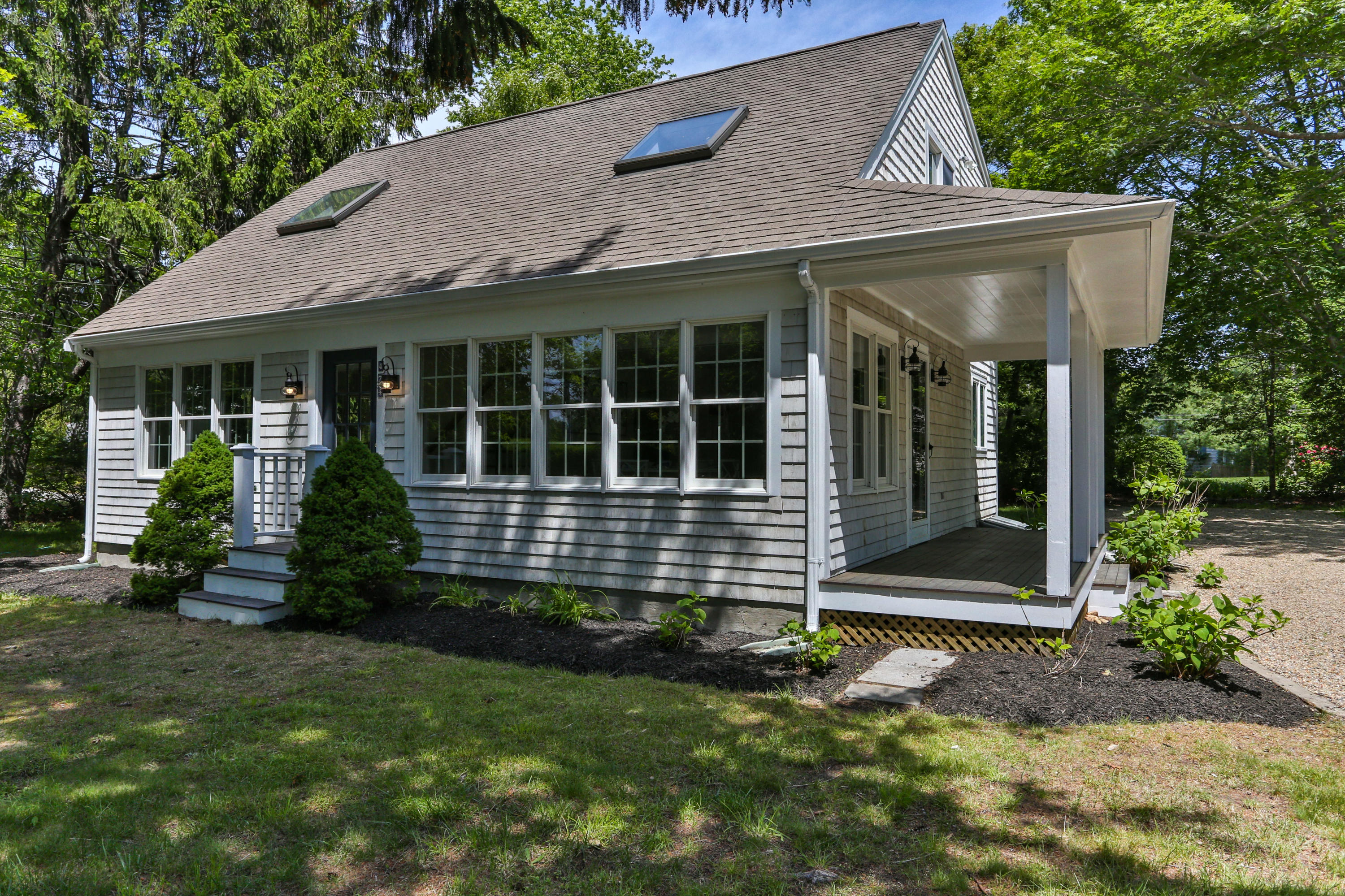 474 Strawberry Hill Road, Centerville