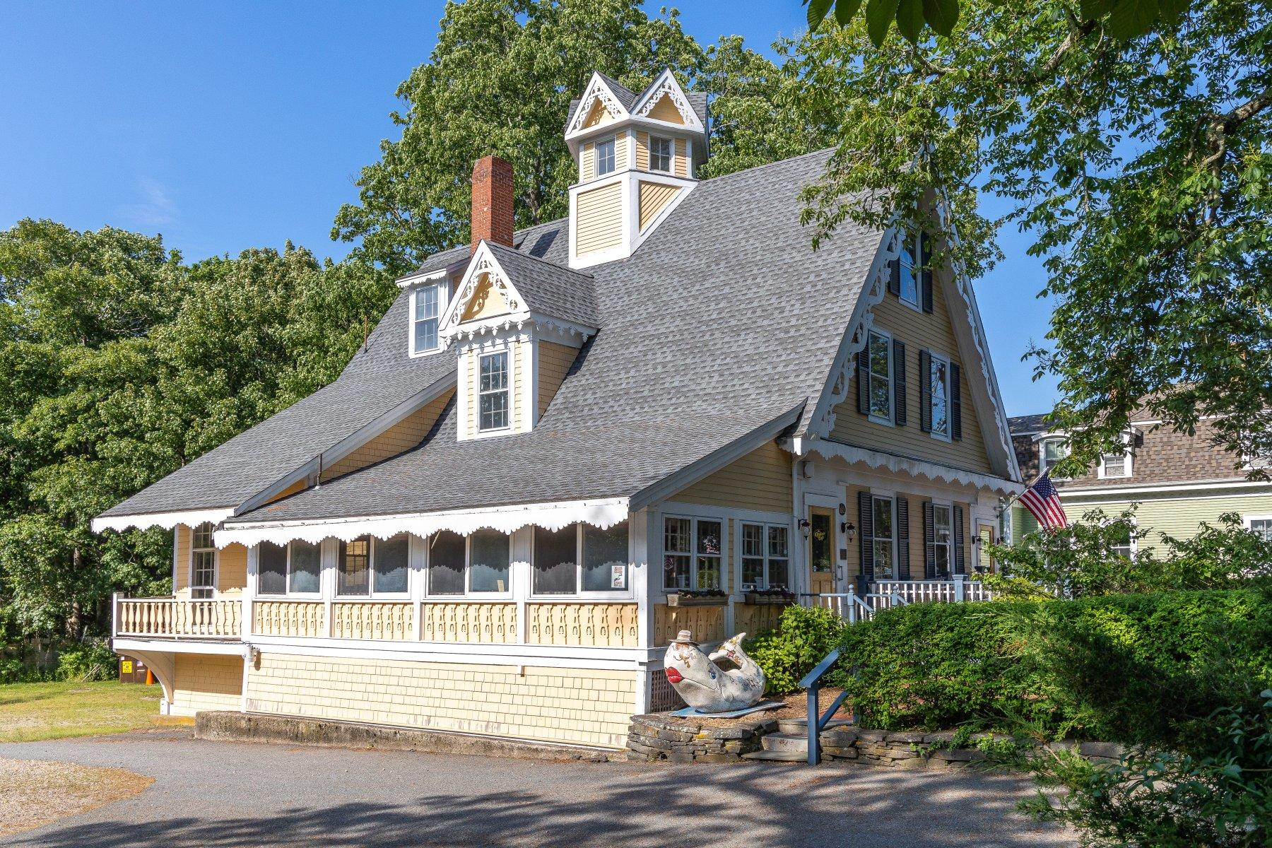 134 Route 6A Yarmouth Port MA, 02675 details