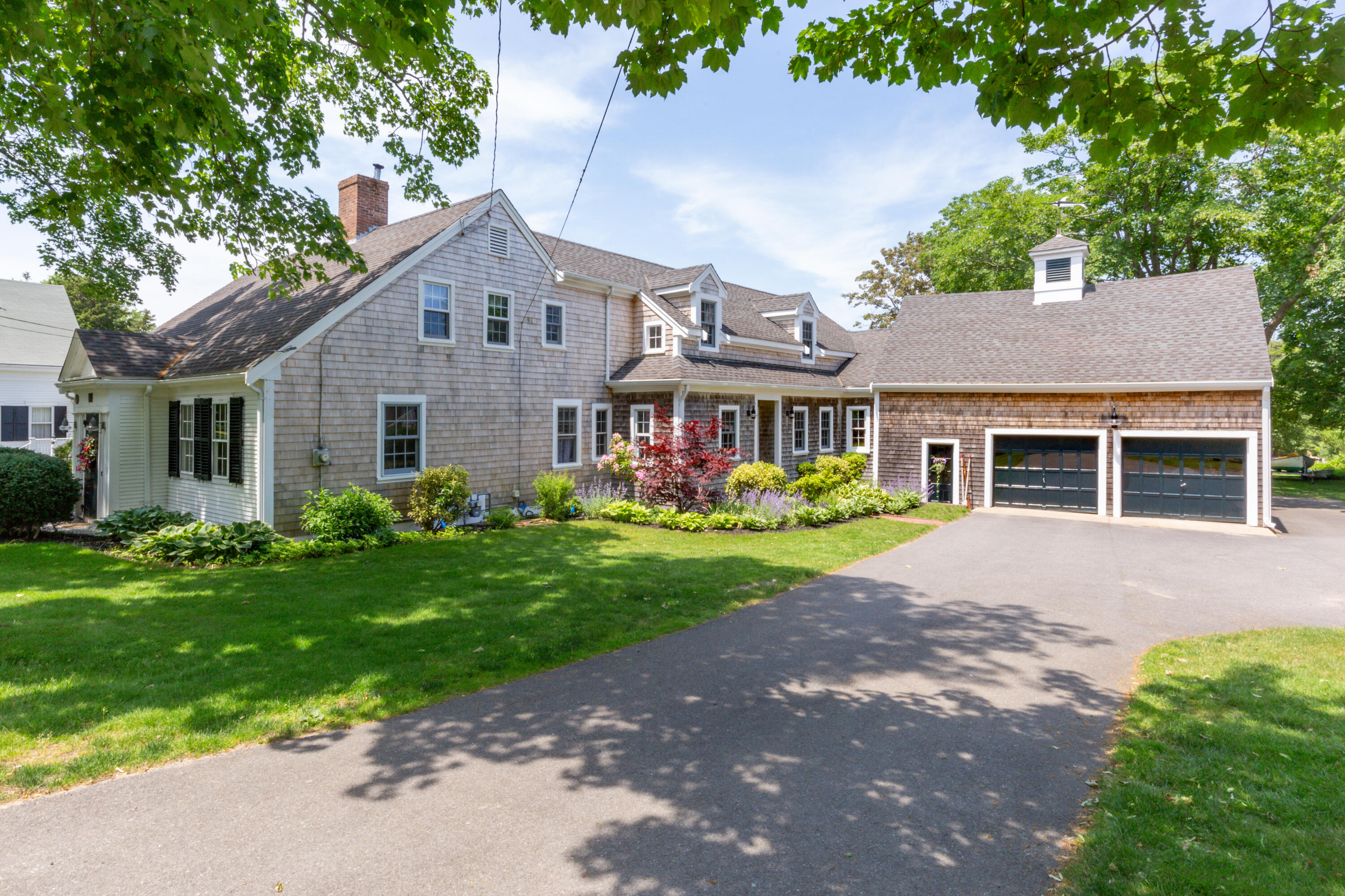 302 Route 6A Yarmouth Port MA, 02675 details