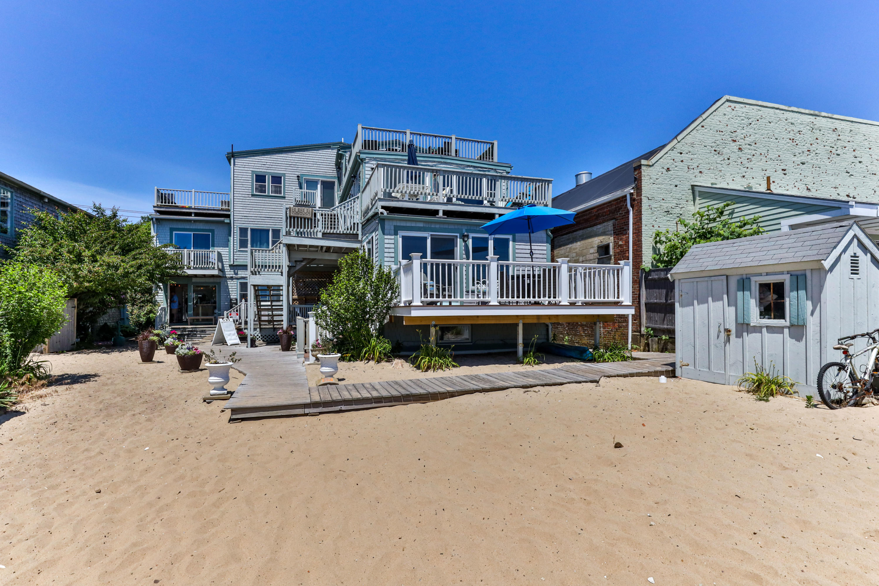 199 Commercial Street, Provincetown MA, 02657 details