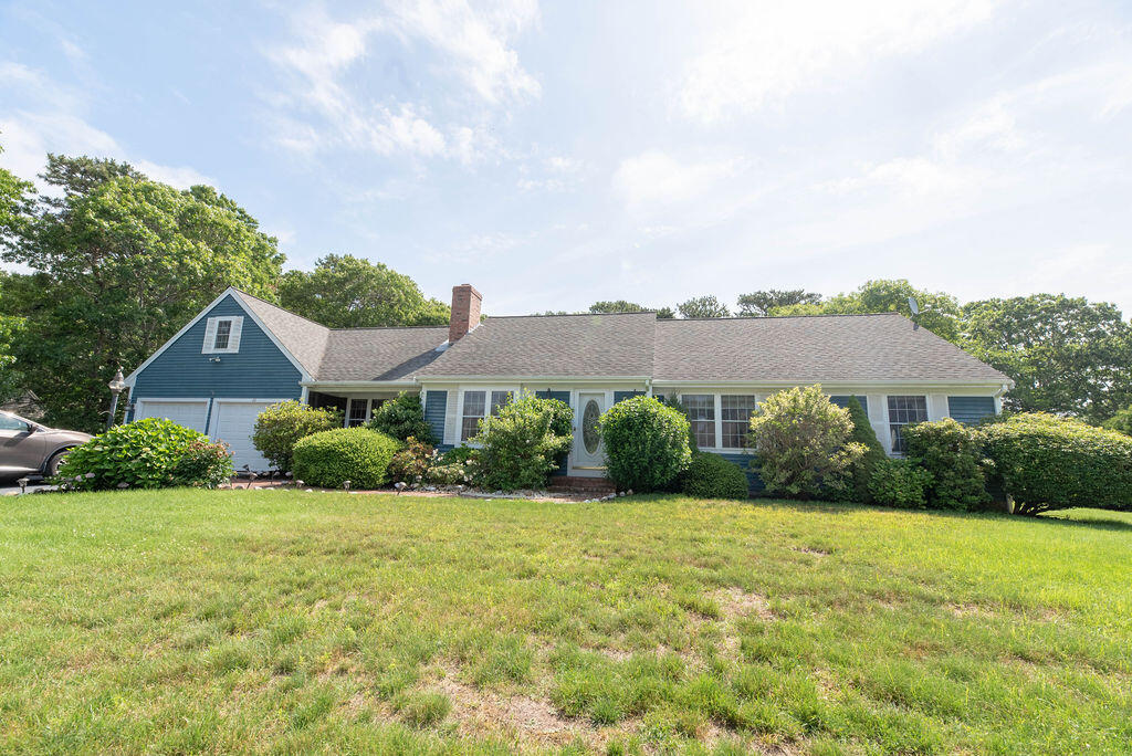 48 Aspinet Road, South Yarmouth MA, 02664 details