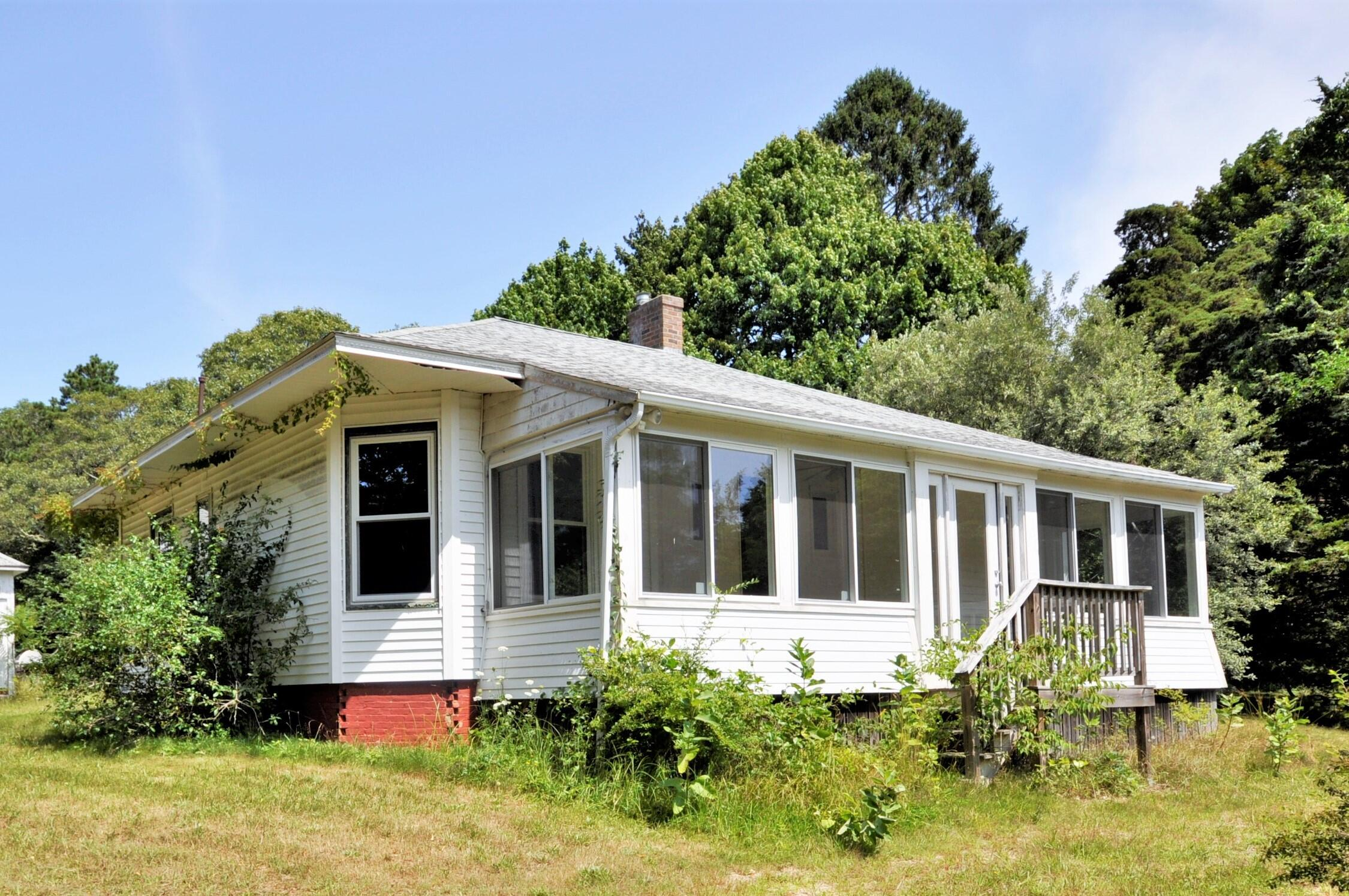 61 Old Stage Road, Centerville MA, 02632 details