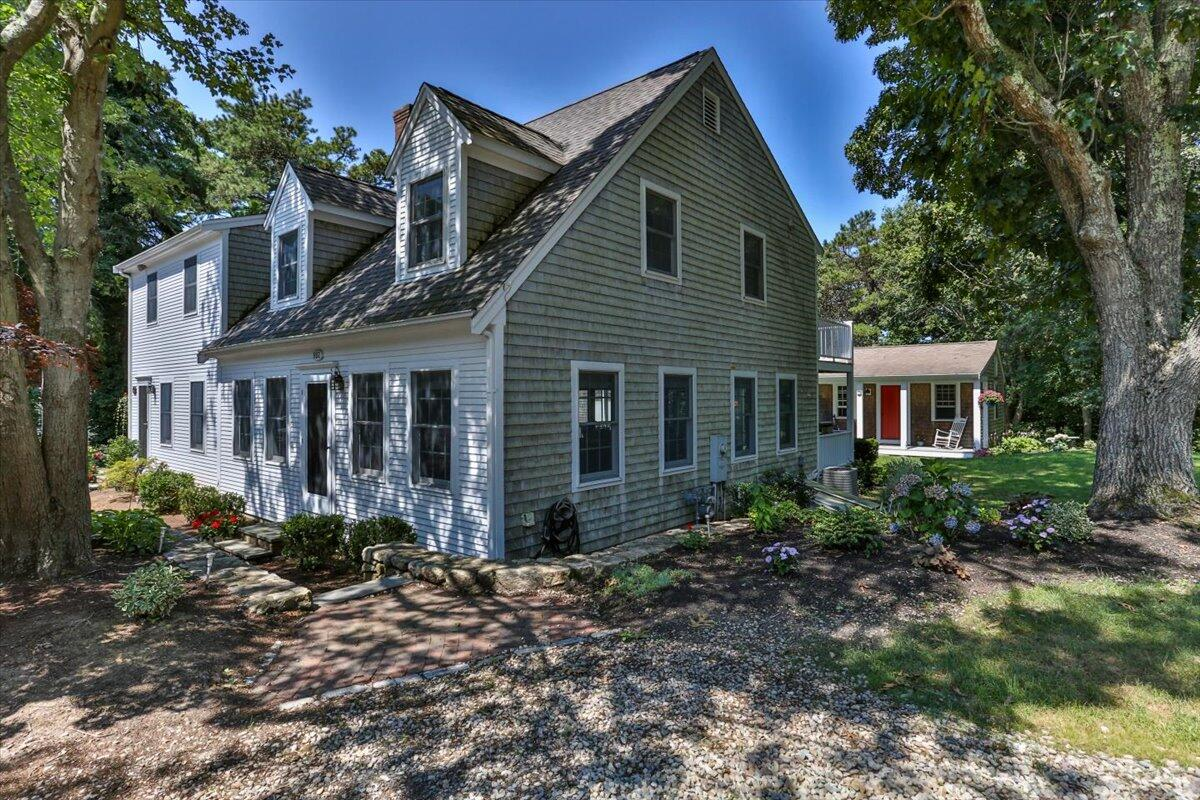 882 Route 6A Yarmouth Port MA, 02675 details
