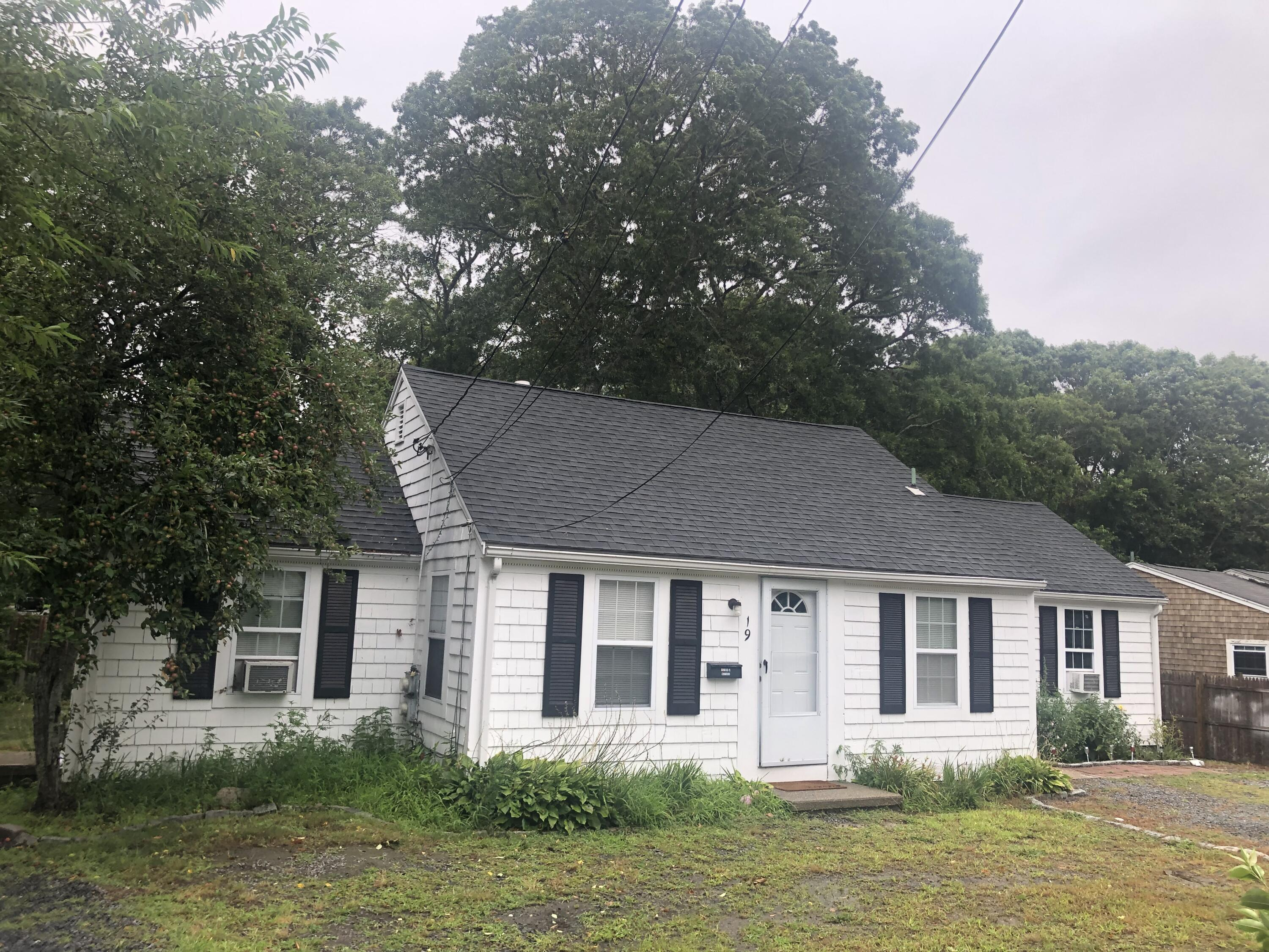 19 & 21 College Street, West Yarmouth MA, 02673 details