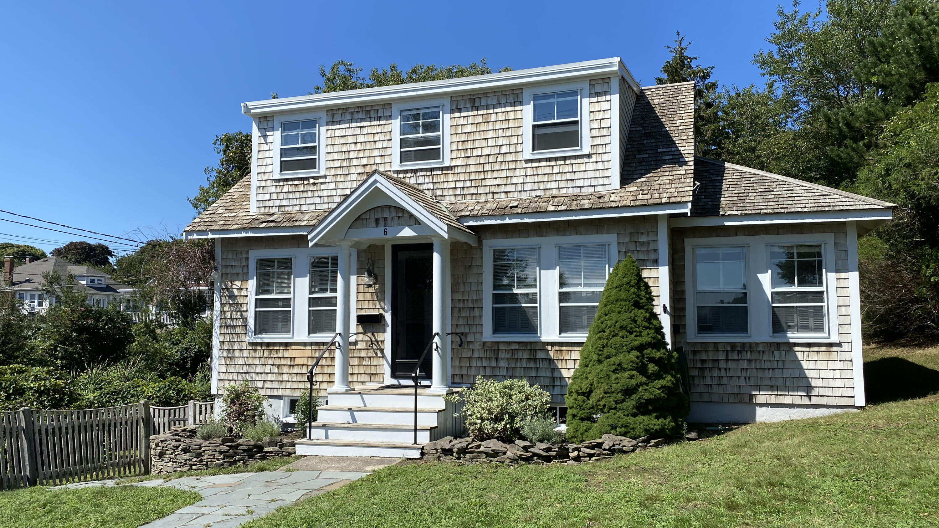 6 Somerset Street, West Yarmouth MA, 02673 details