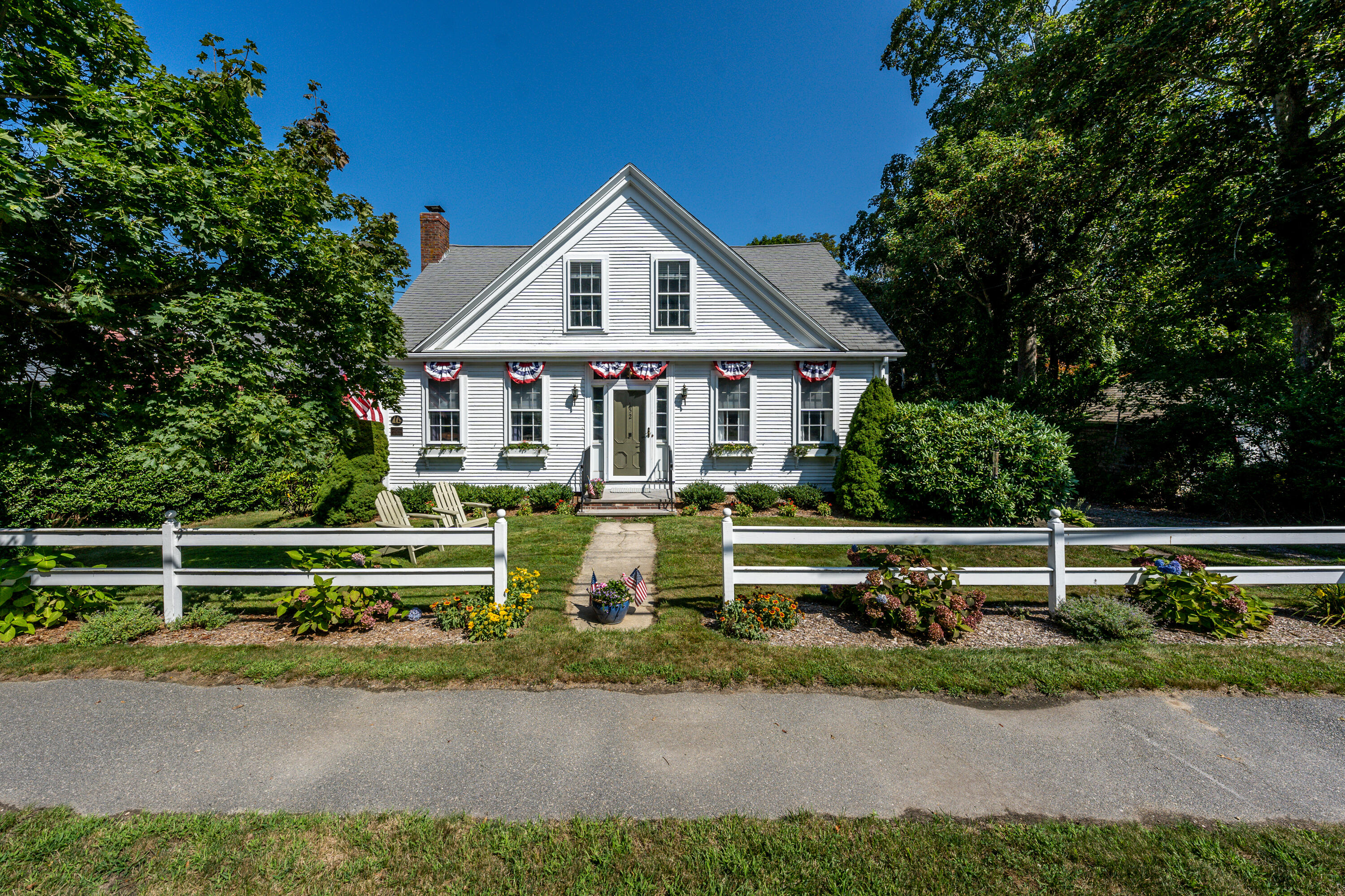 152 Route 6A (Main st) Yarmouth Port MA, 02675 details