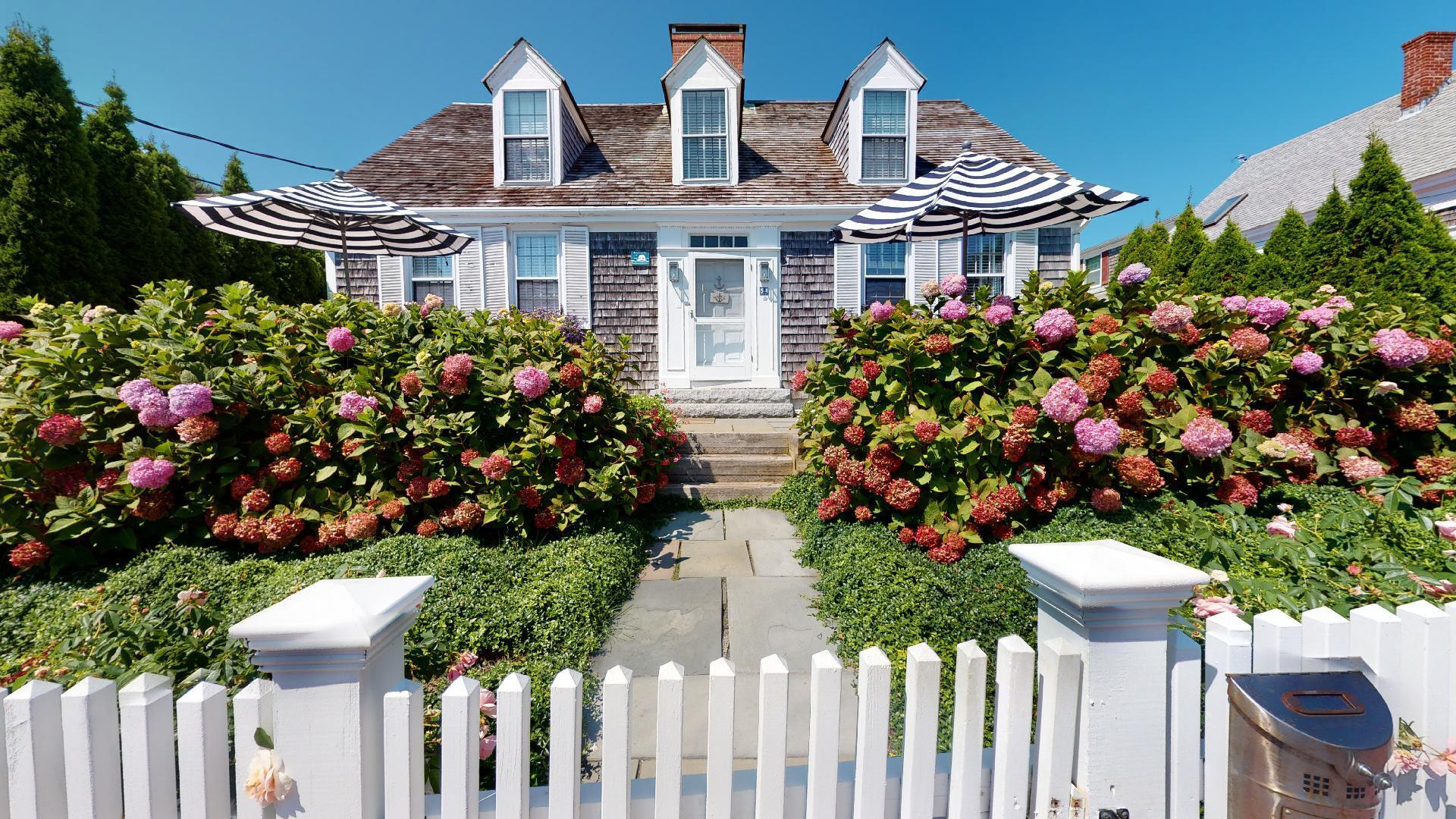 54 Commercial Street, Provincetown, MA photo 1