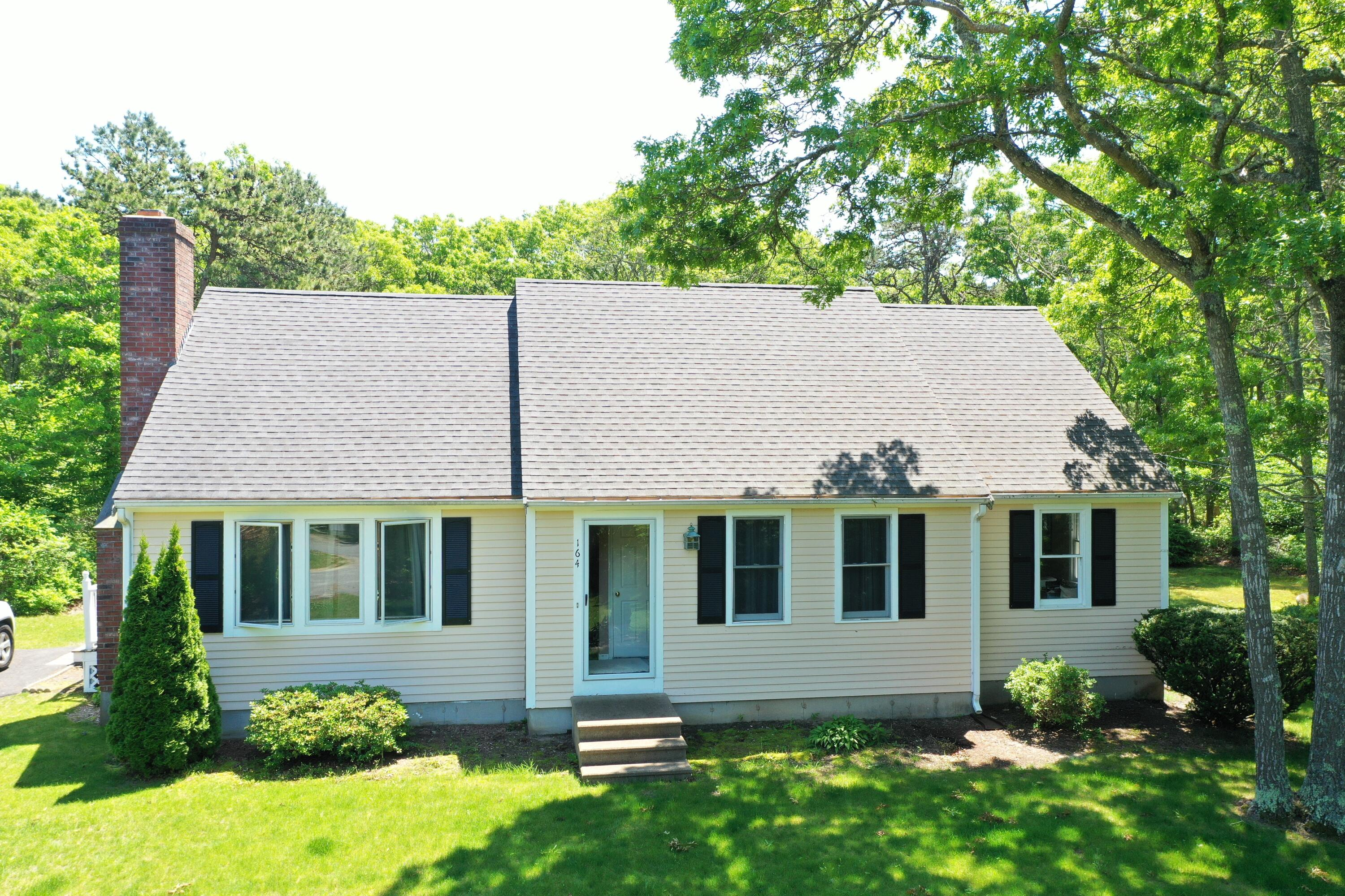 164 Lauries Lane, Marstons Mills MA, 02648 details