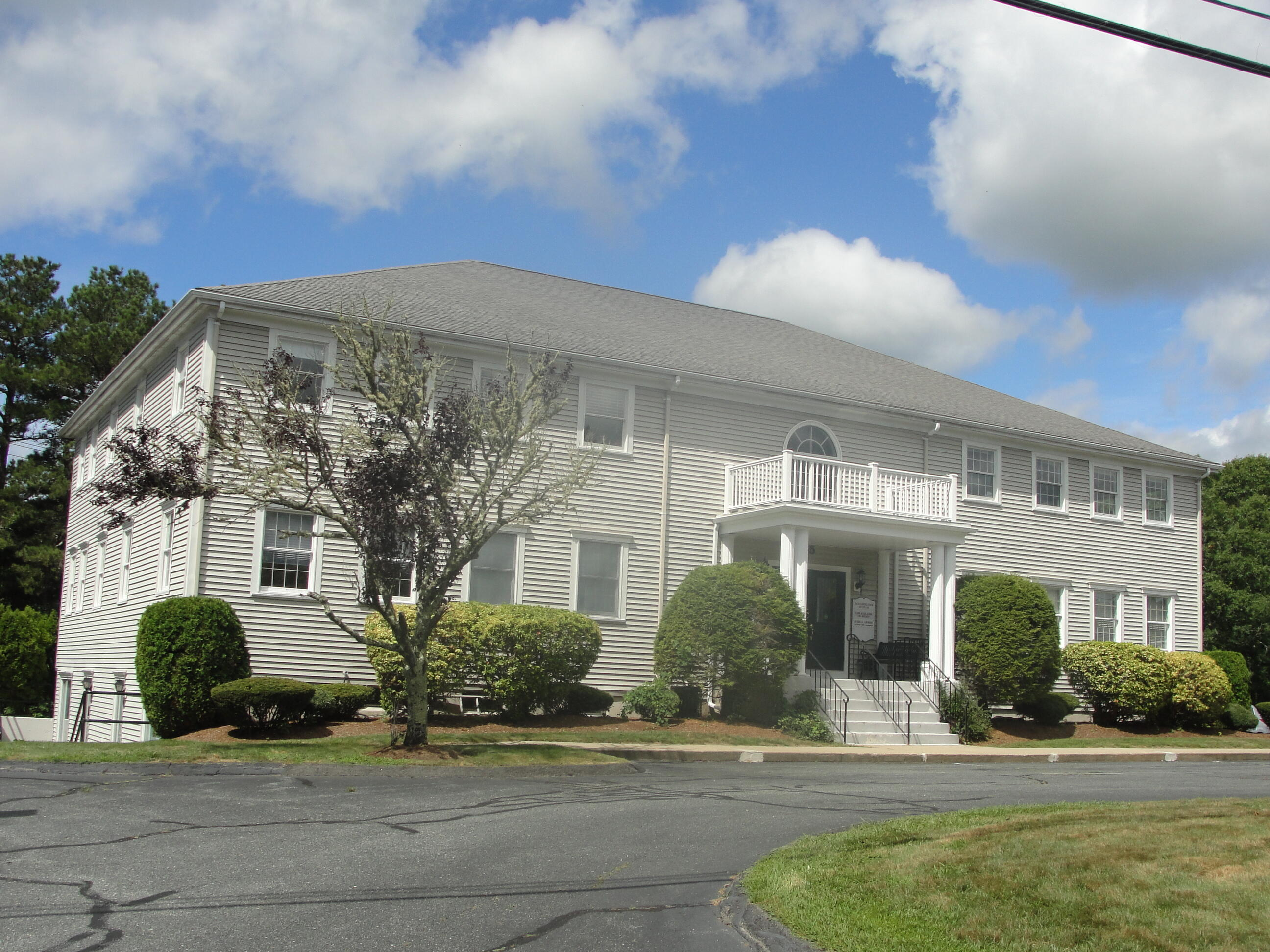 25 Mid-Tech Drive, West Yarmouth MA, 02673 details