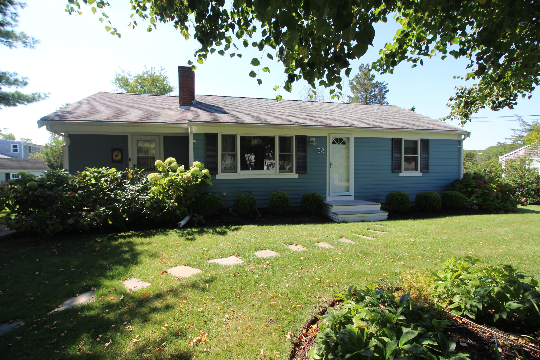 38 Glen Road, Hyannis MA, 02601 details