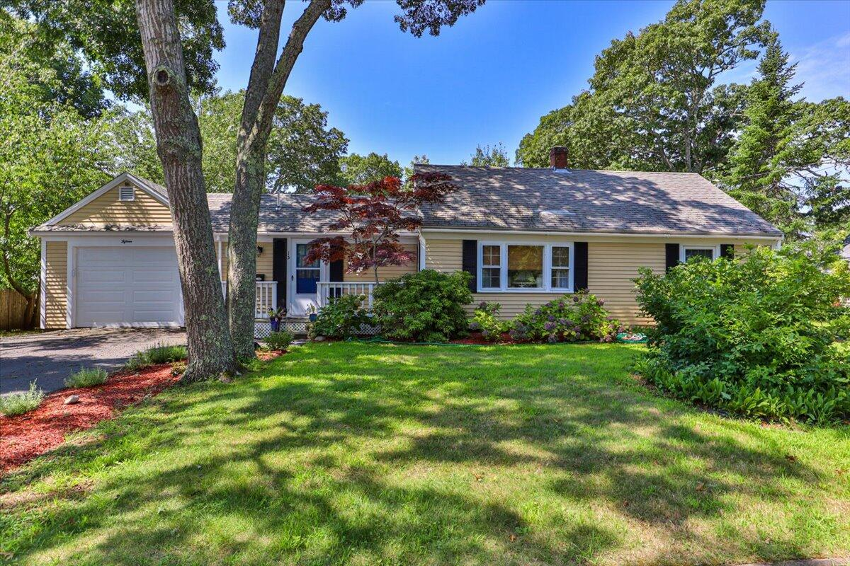 15 Sharon Rd South Yarmouth MA, 02664 details