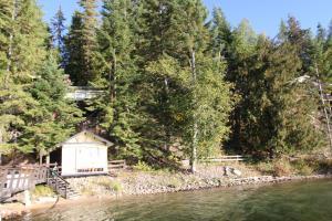 037_Lake frontage