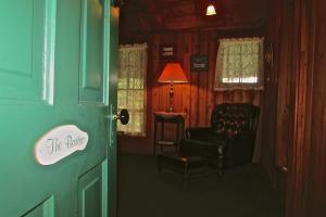 The Bartoo Suite